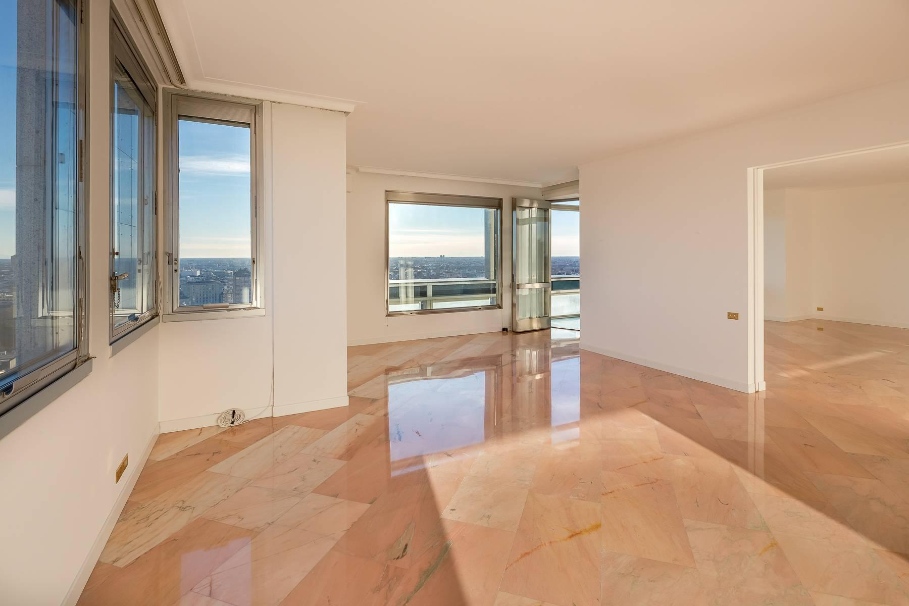 Spectacular apartment in the skyscraper in Piazza repubblica - 6