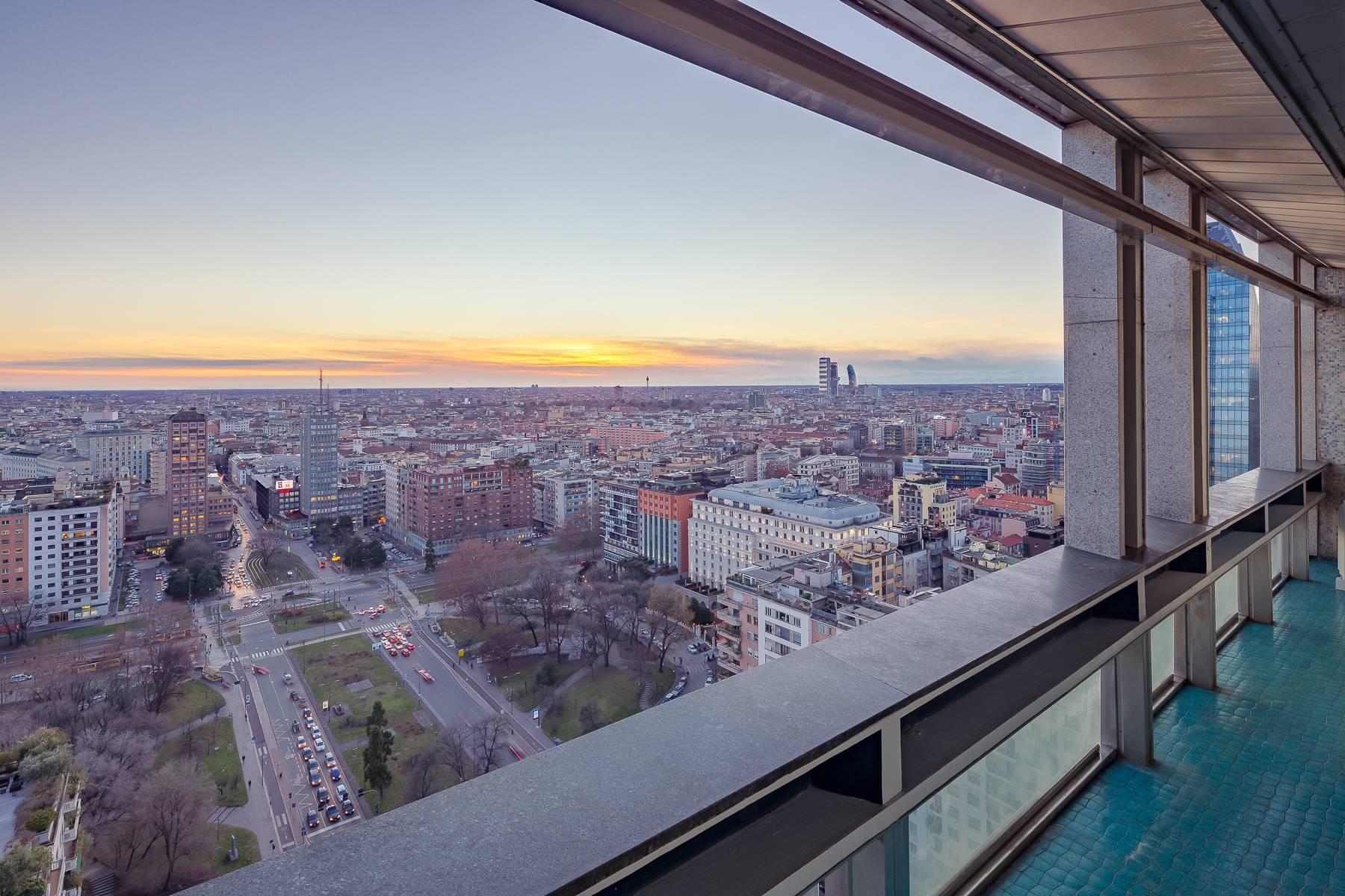 Spektakuläre Wohnung im Wolkenkratzer auf der Piazza Repubblica - 11