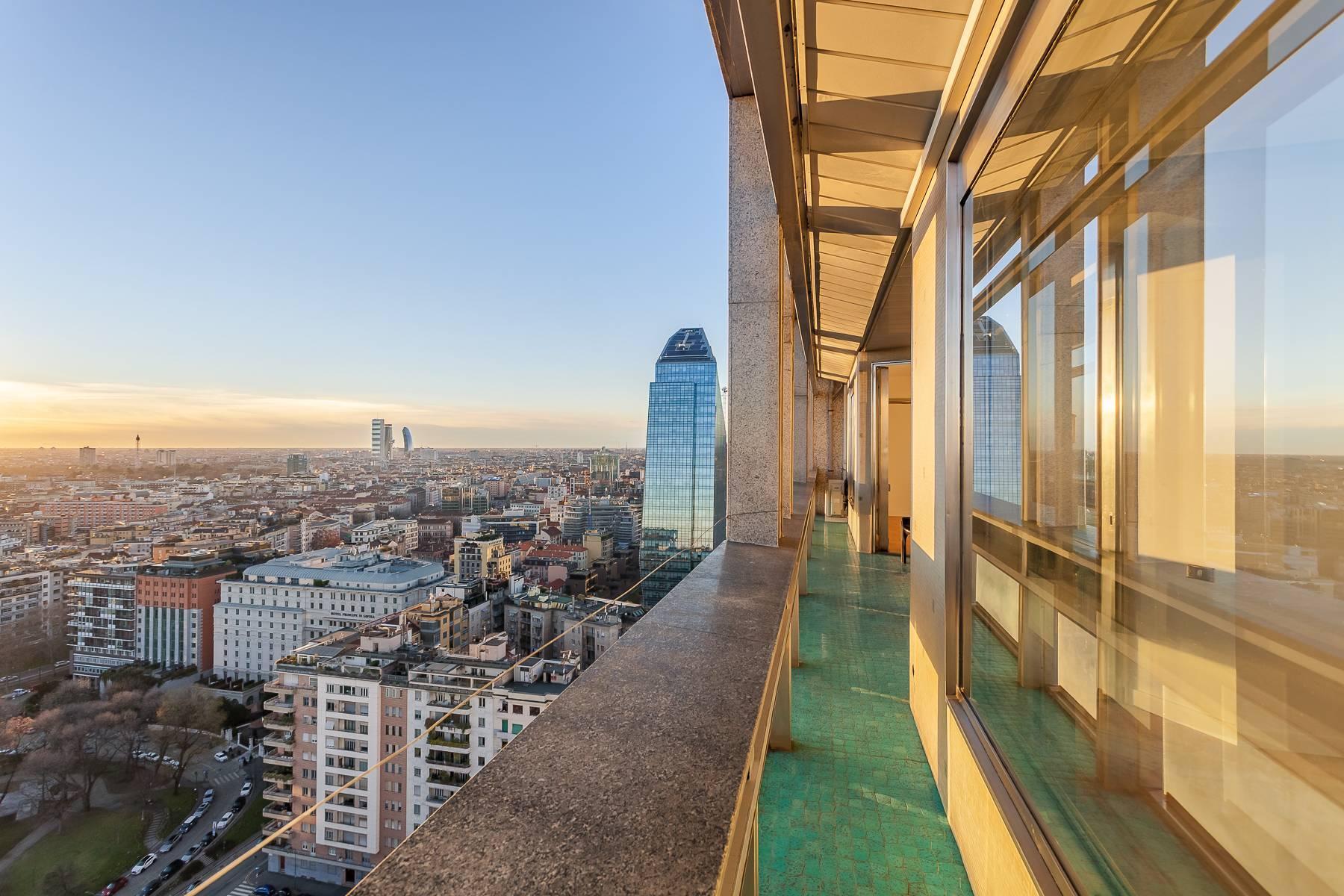 Spektakuläre Wohnung im Wolkenkratzer auf der Piazza Repubblica - 10