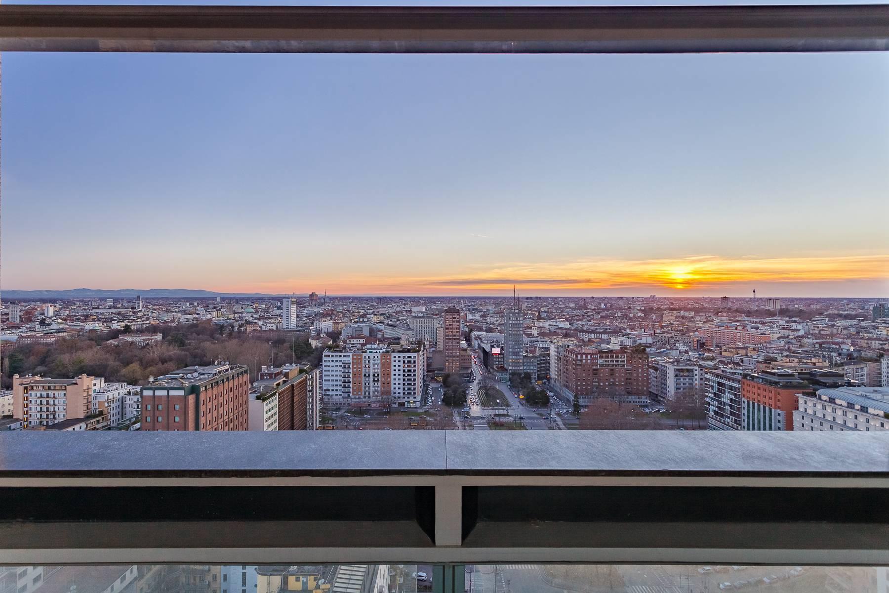 Spektakuläre Wohnung im Wolkenkratzer auf der Piazza Repubblica - 13
