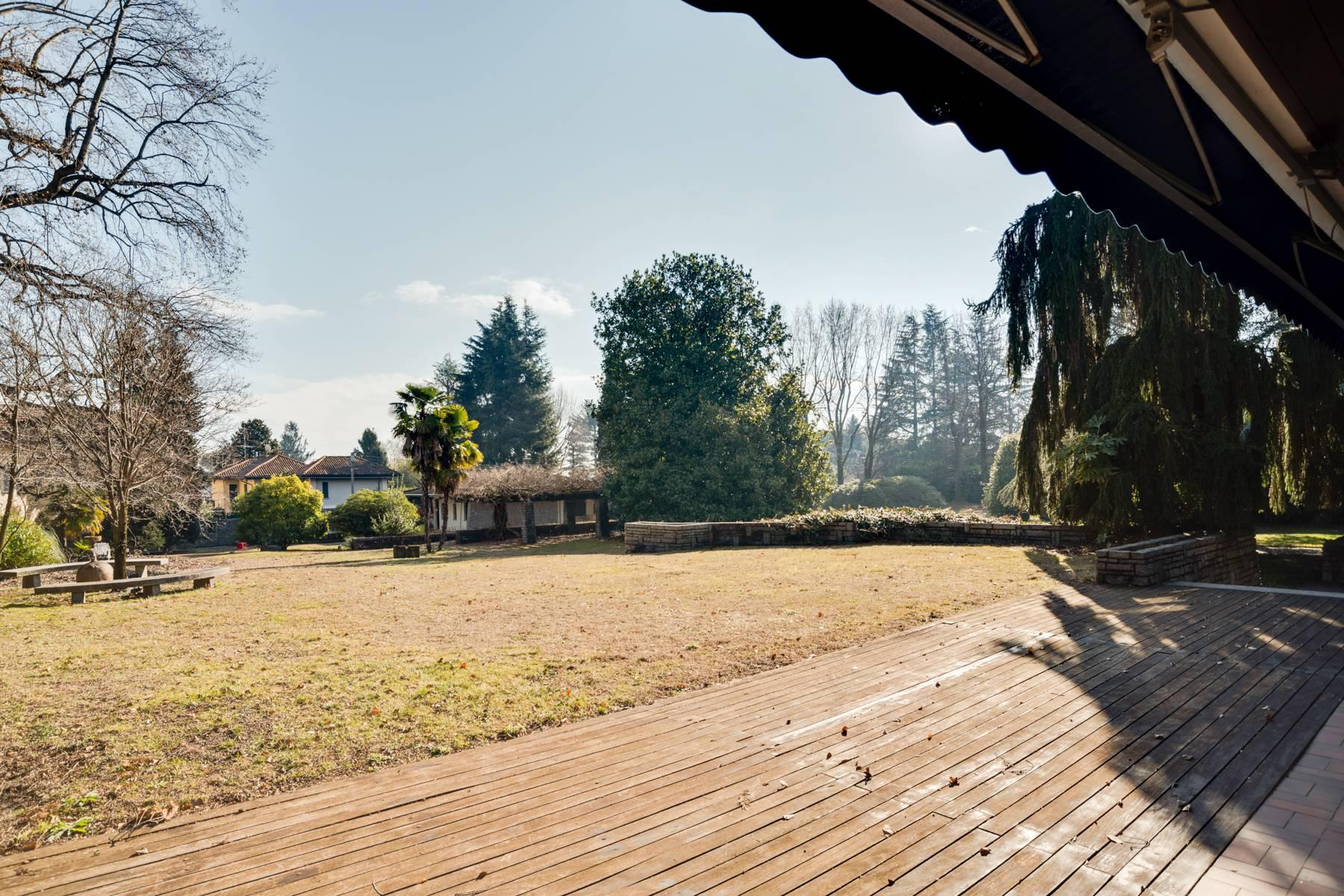 Prestigious Villa, a few steps from Lake Maggiore - 20