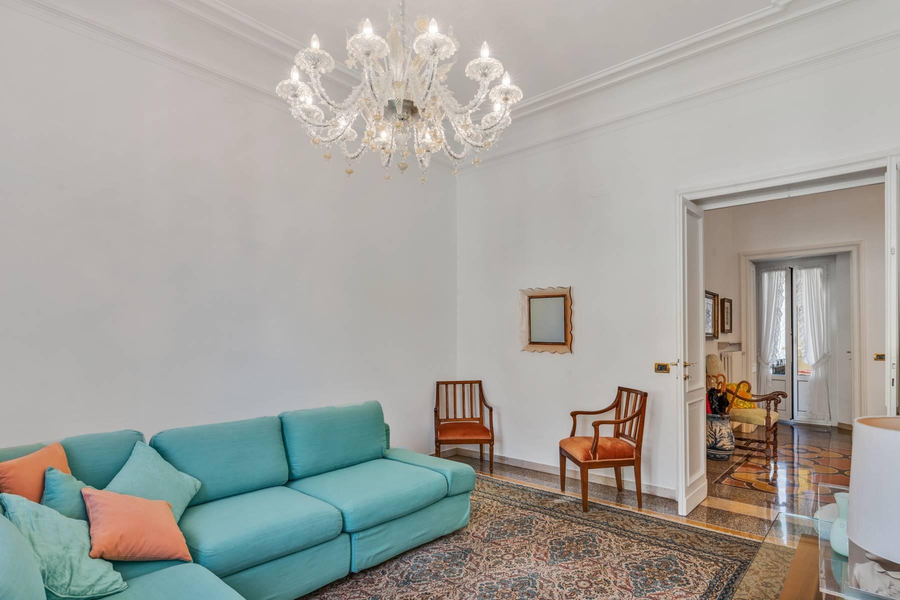Elegante 275 qm Wohnung im antiken Palast in Carignano - 11
