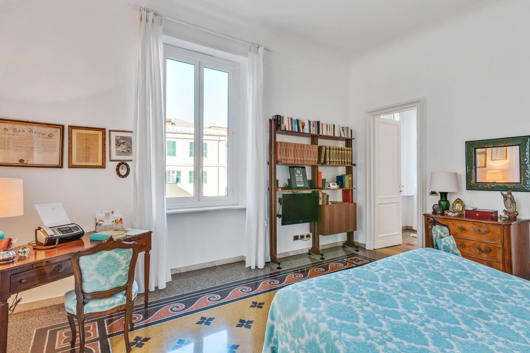 Elegante 275 qm Wohnung im antiken Palast in Carignano - 20