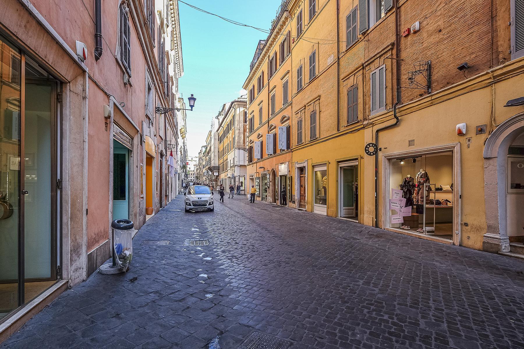 Negozio in affitto nell'esclusiva via Frattina - 13