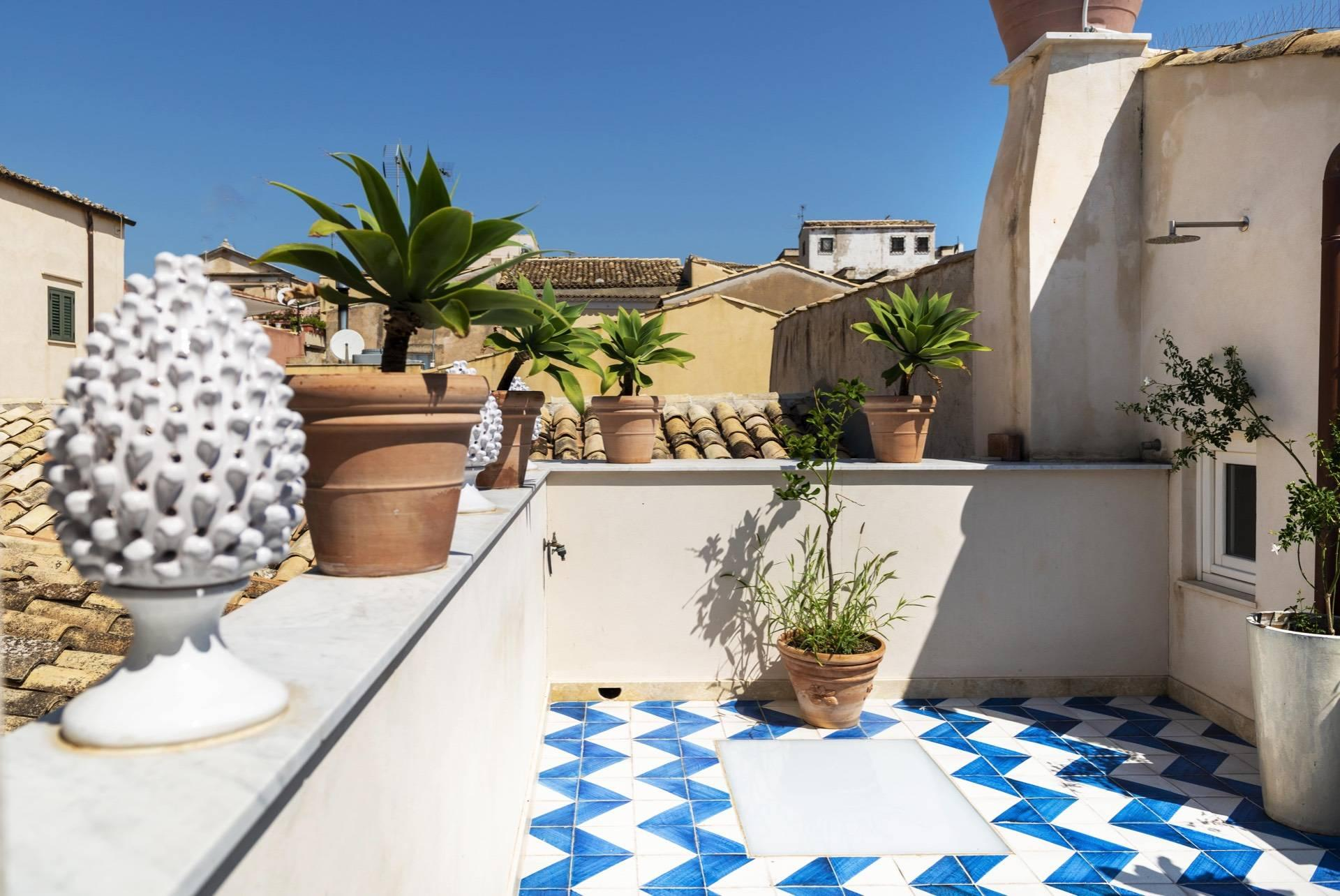 Apartment with terrace in the heart of Noto. - 13