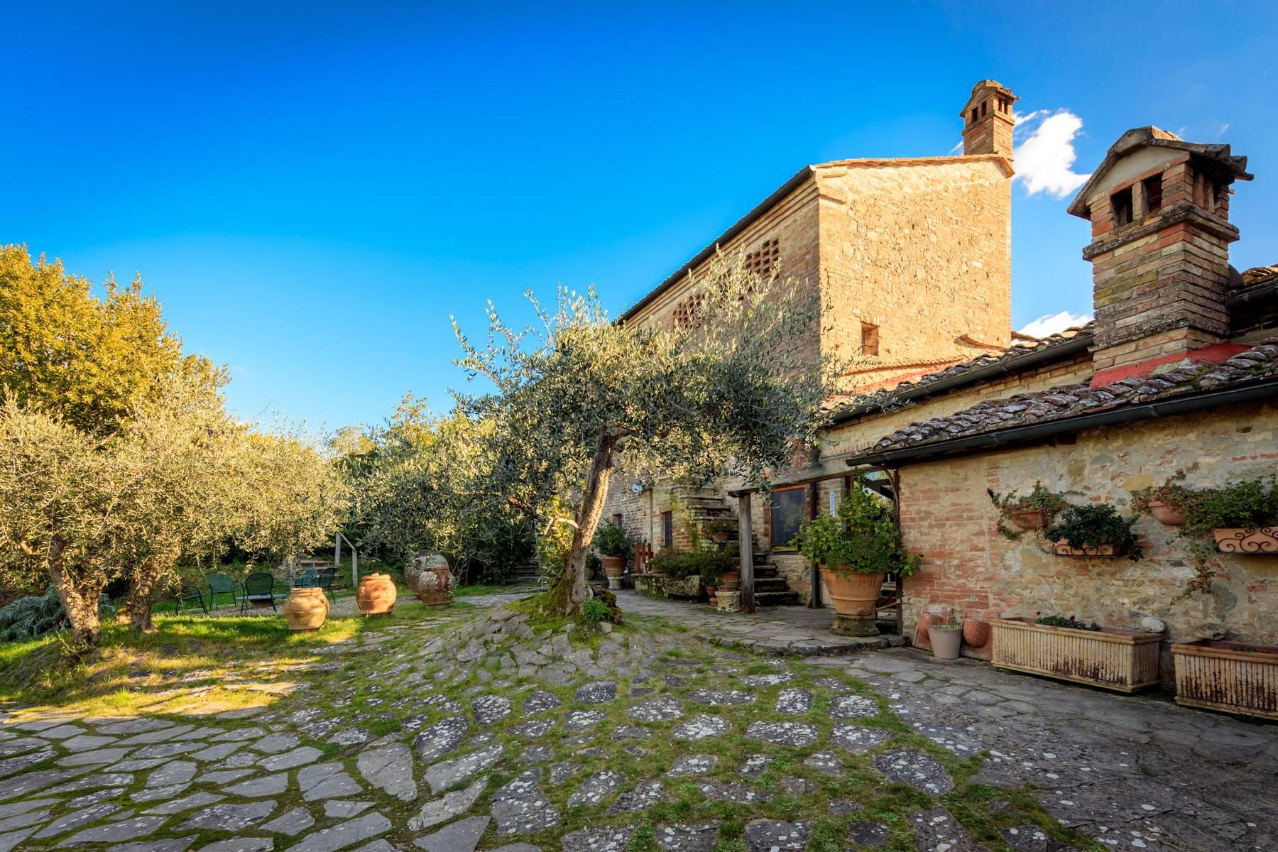 Wonderful historical Villa and country house close by Siena - 5
