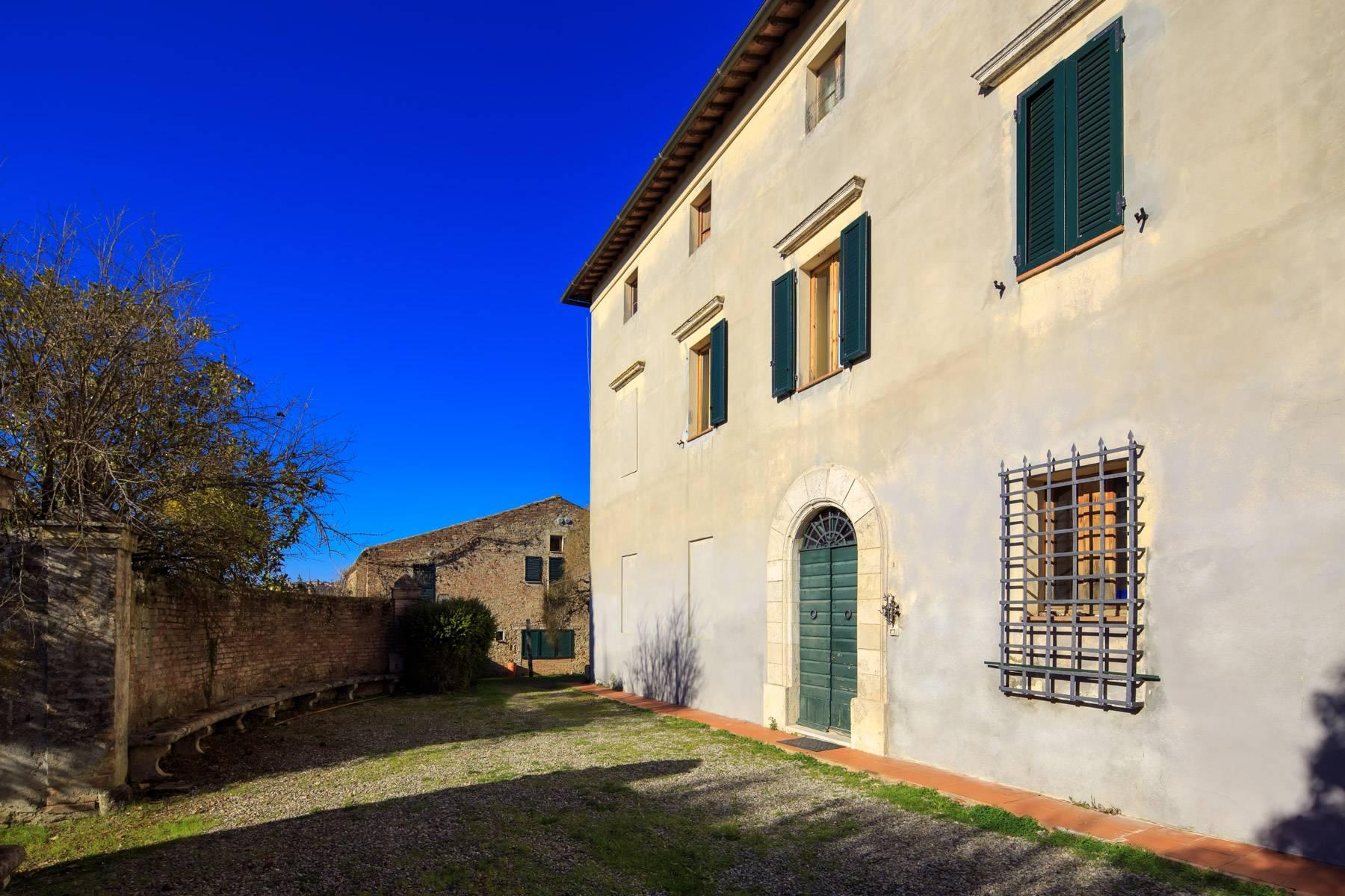 Wonderful historical Villa and country house close by Siena - 1