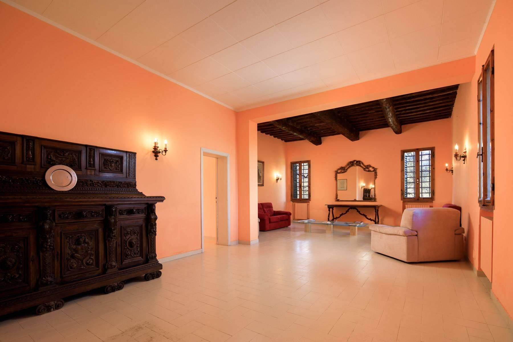 Wonderful historical Villa and country house close by Siena - 37
