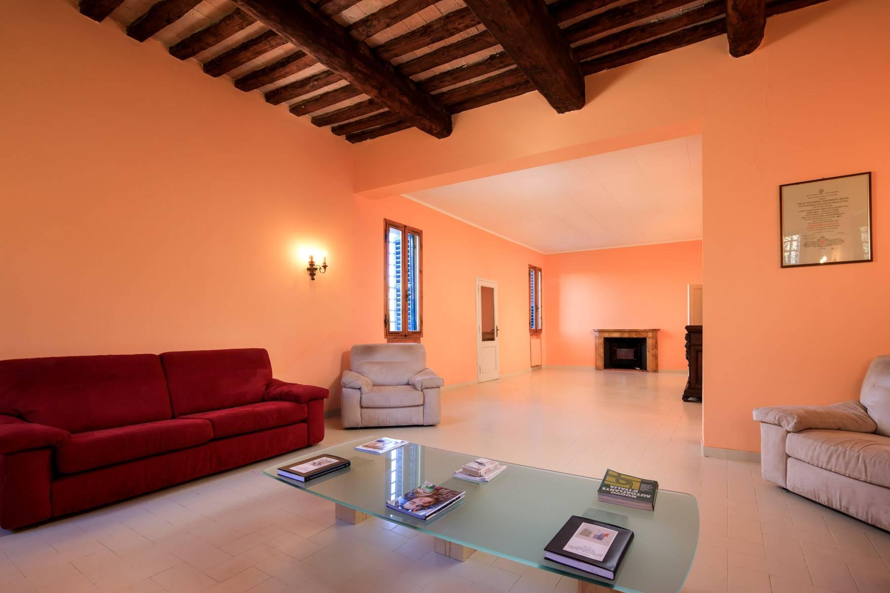Wonderful historical Villa and country house close by Siena - 38