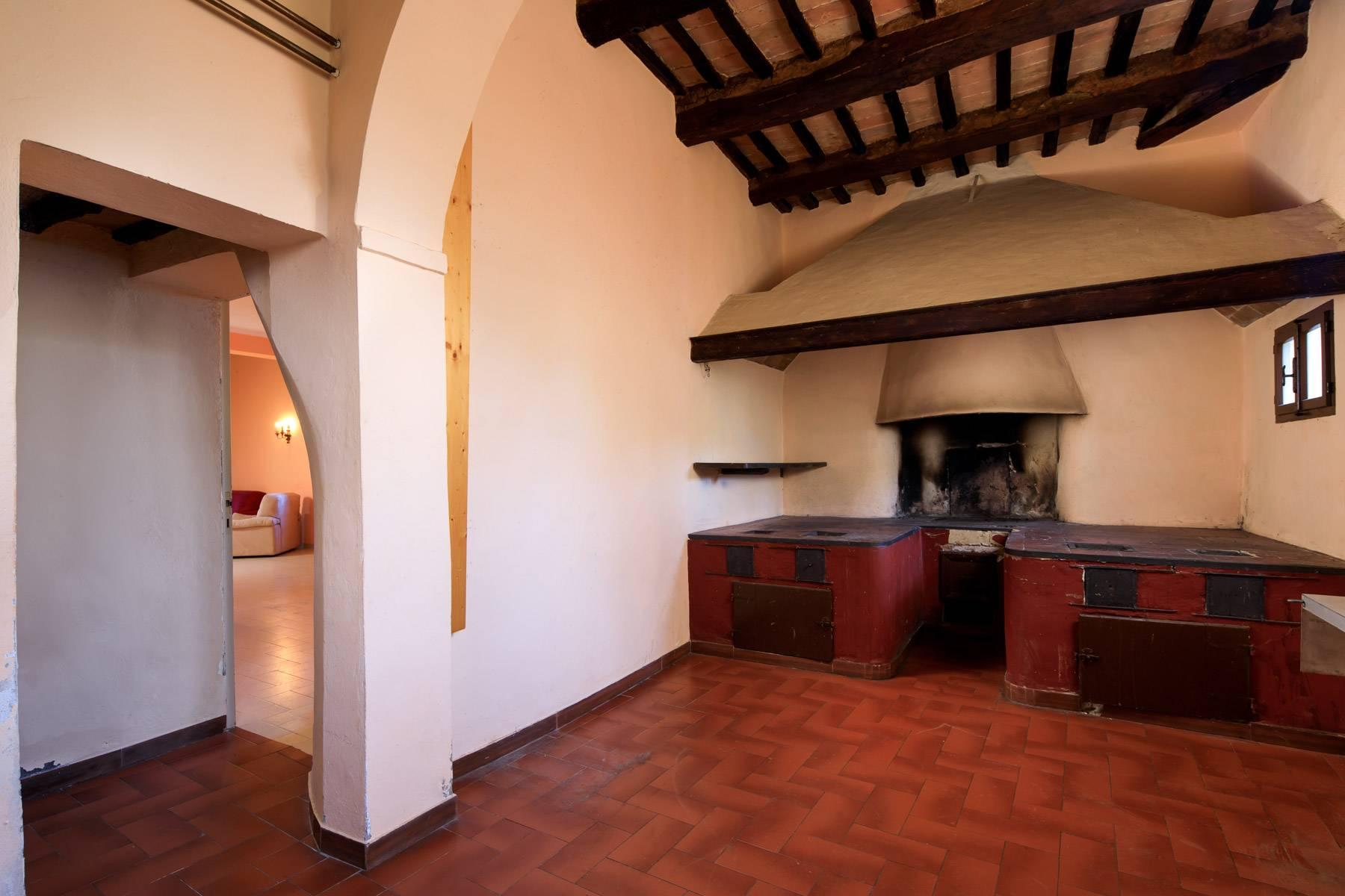 Wonderful historical Villa and country house close by Siena - 39