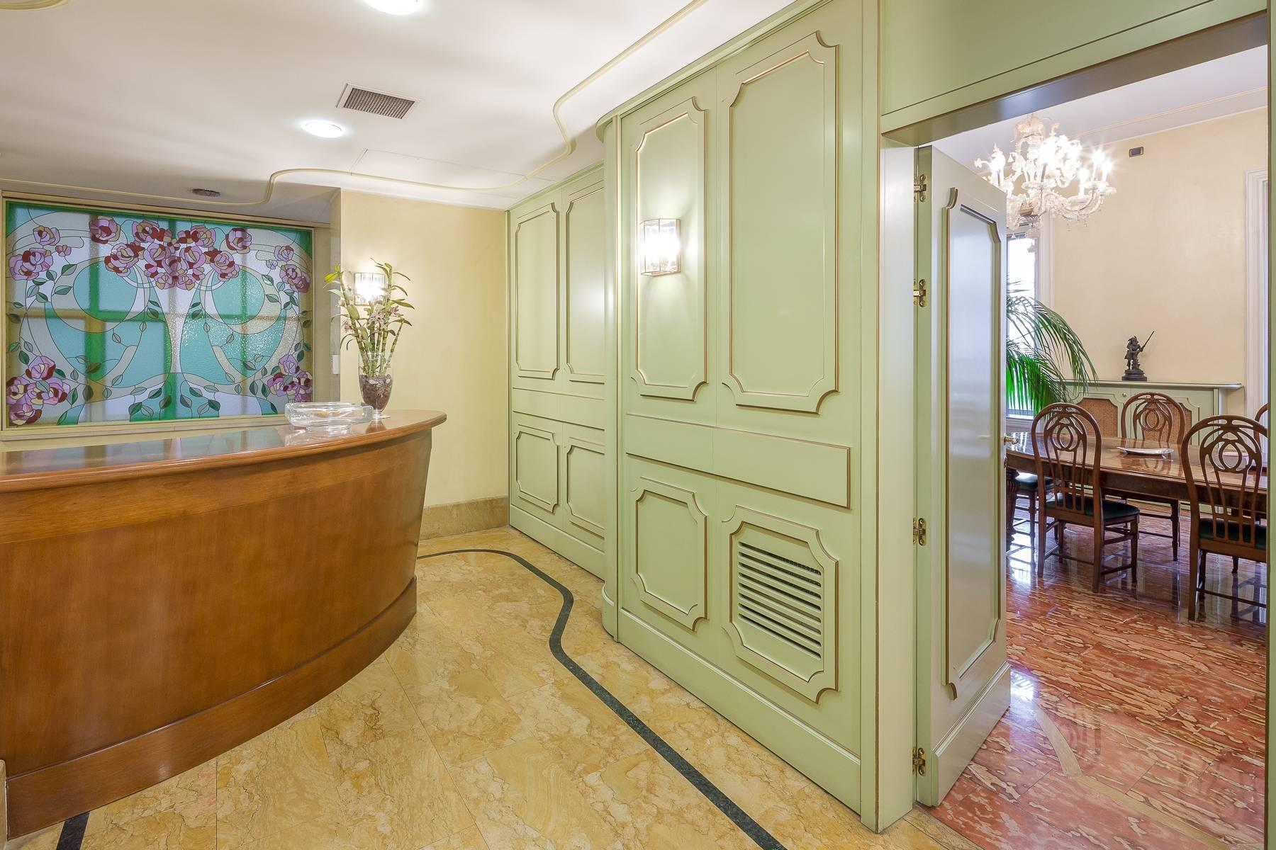 Elegant and prestigious studio in the center of Milan - 2