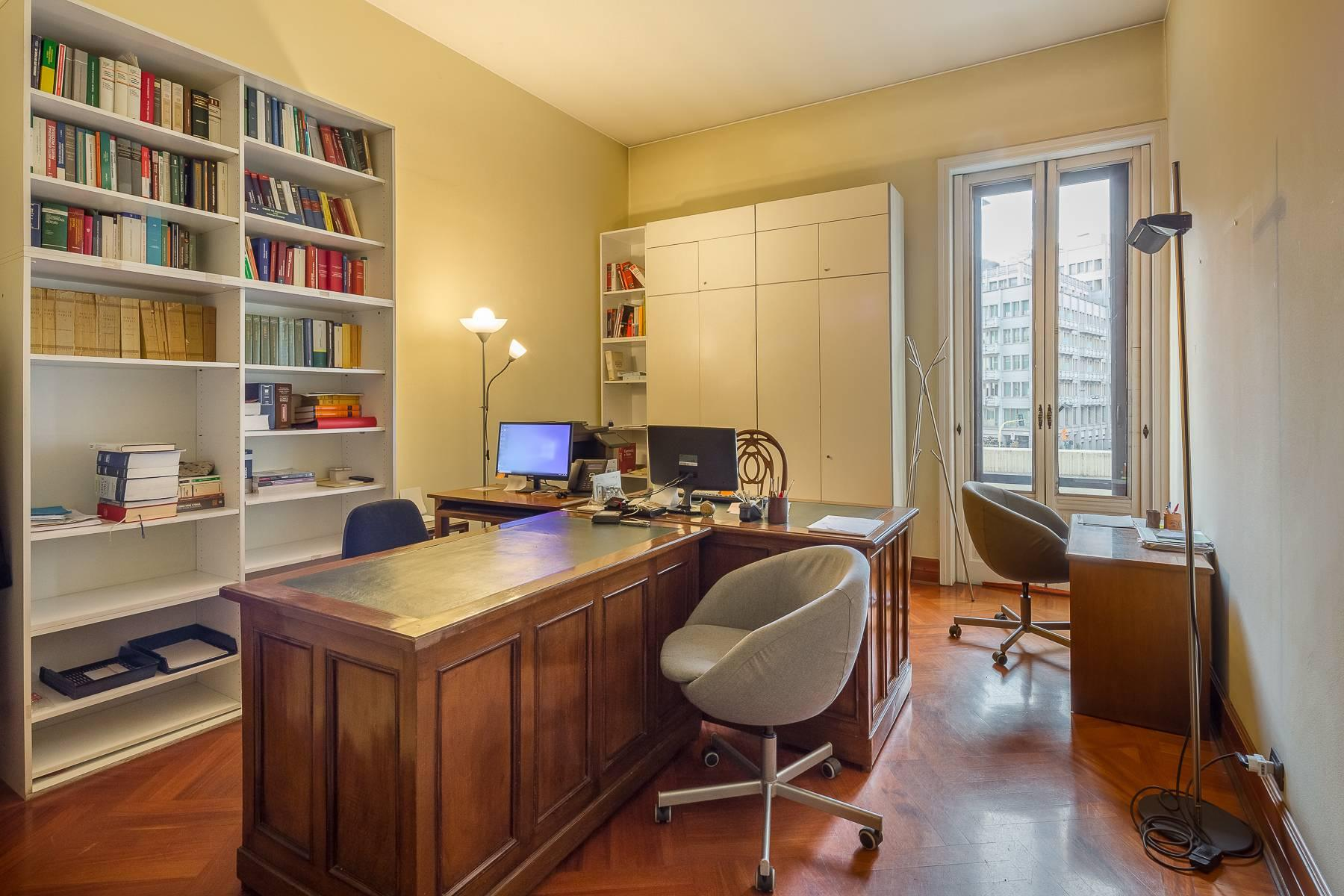 Elegante bureau de prestige dans le centre de Milan - 10