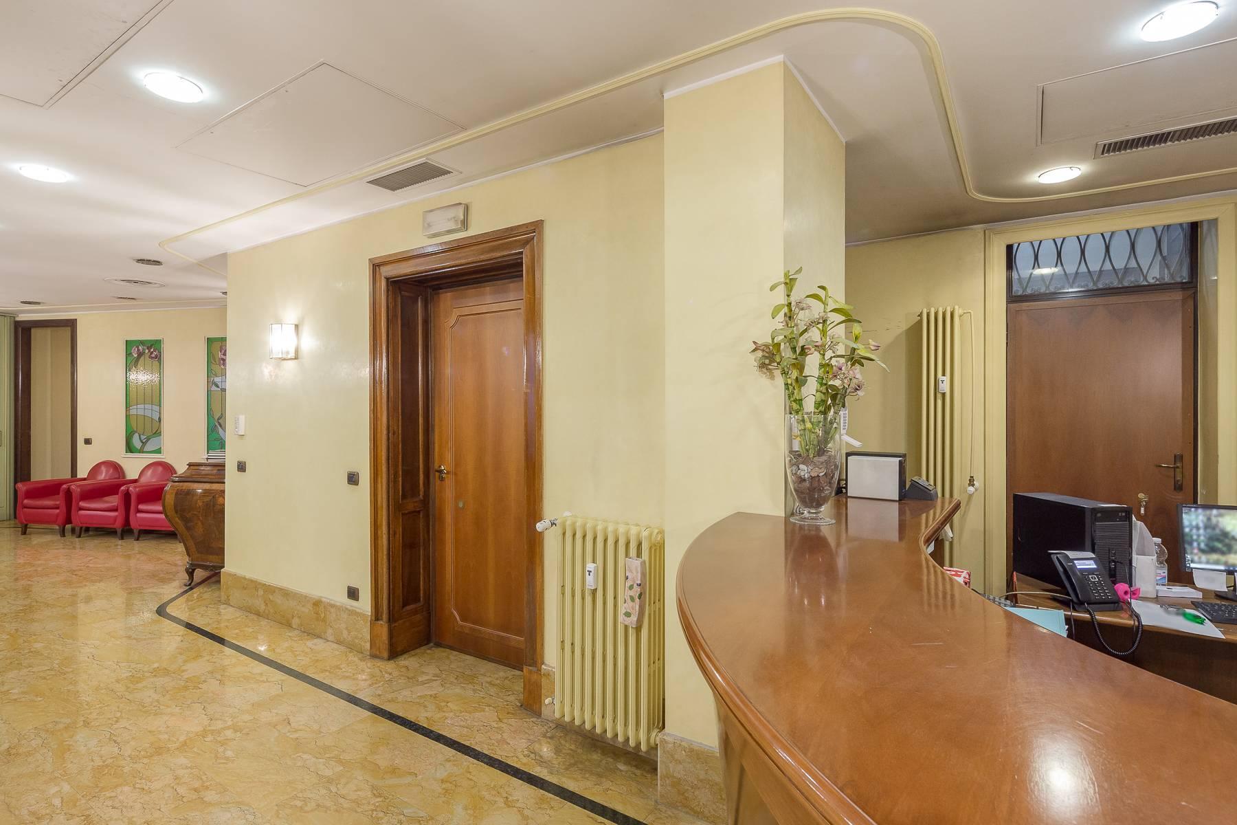 Elegant and prestigious studio in the center of Milan - 16