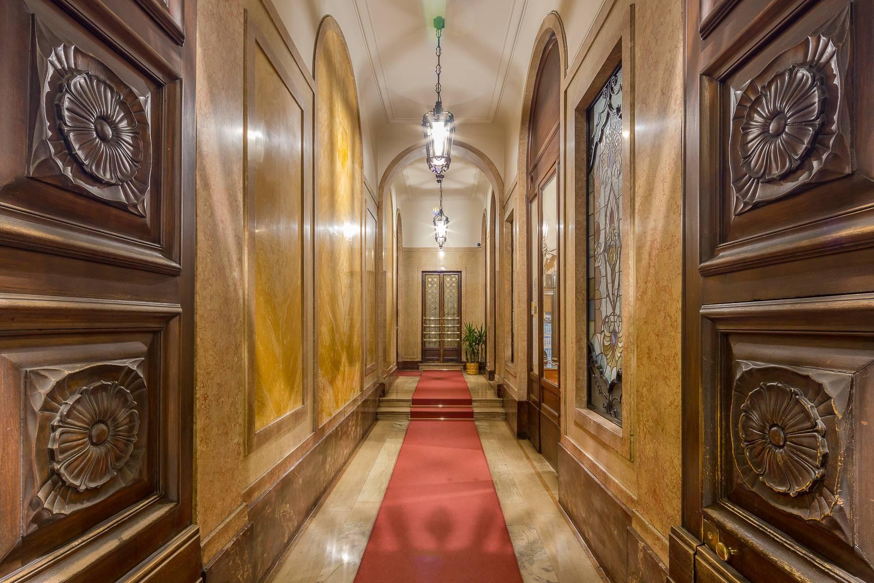 Elegant and prestigious studio in the center of Milan - 13