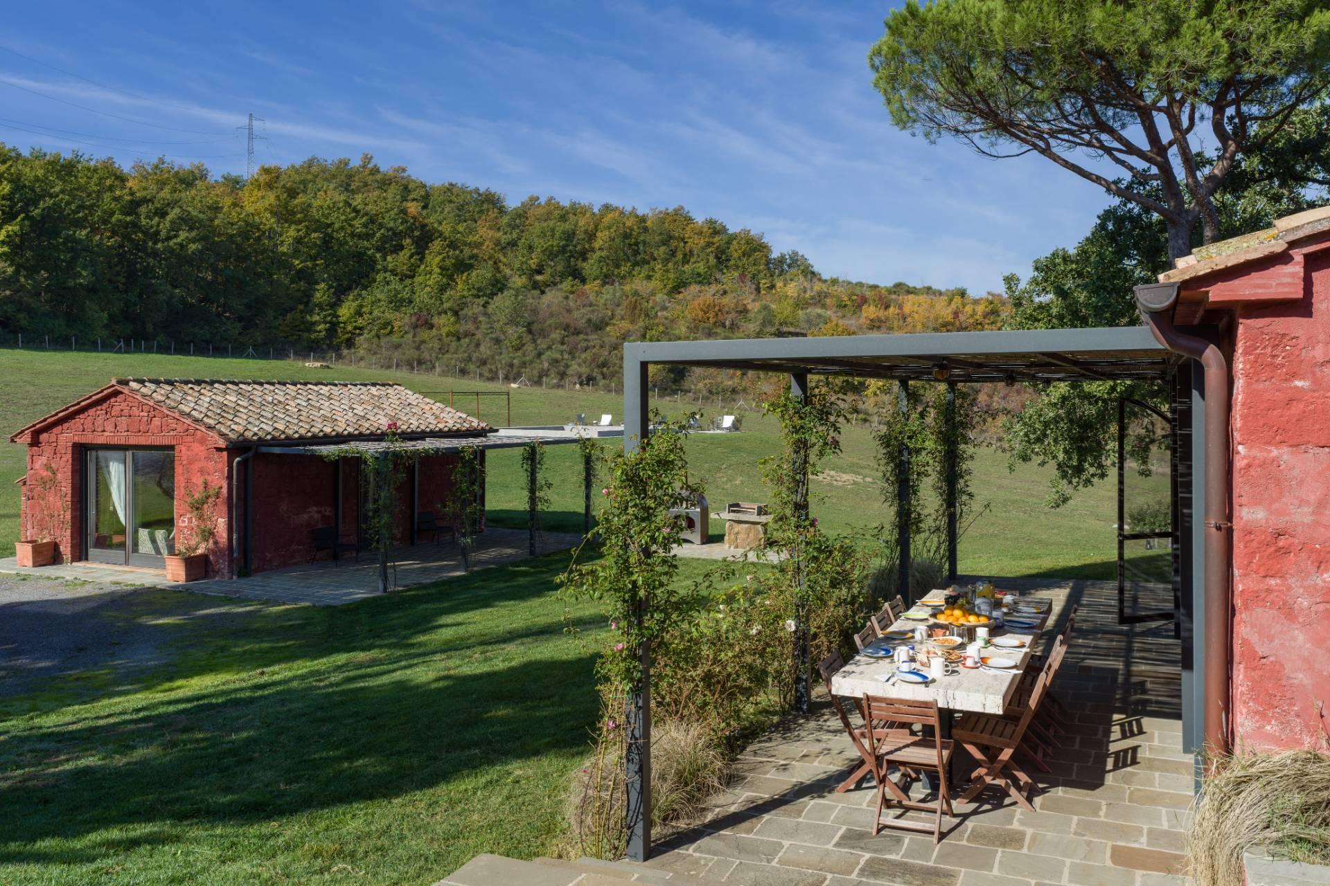 Herrliches Bauernhaus mit Panorama-Blick zwischen Val D'Orcia und Val di Chiana - 3