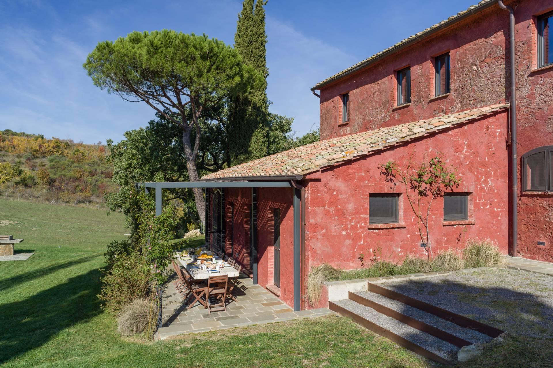 Herrliches Bauernhaus mit Panorama-Blick zwischen Val D'Orcia und Val di Chiana - 4