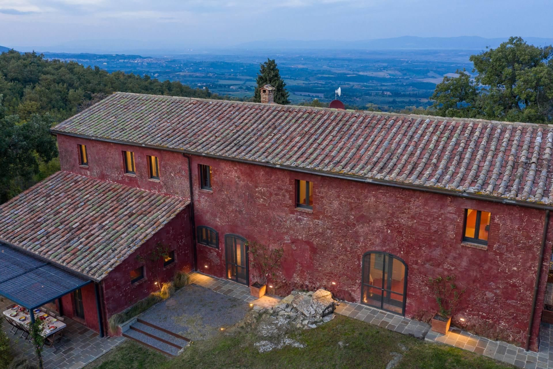 Enchanting, panoramic country house between the Val d'Orcia and Val di Chiana - 31