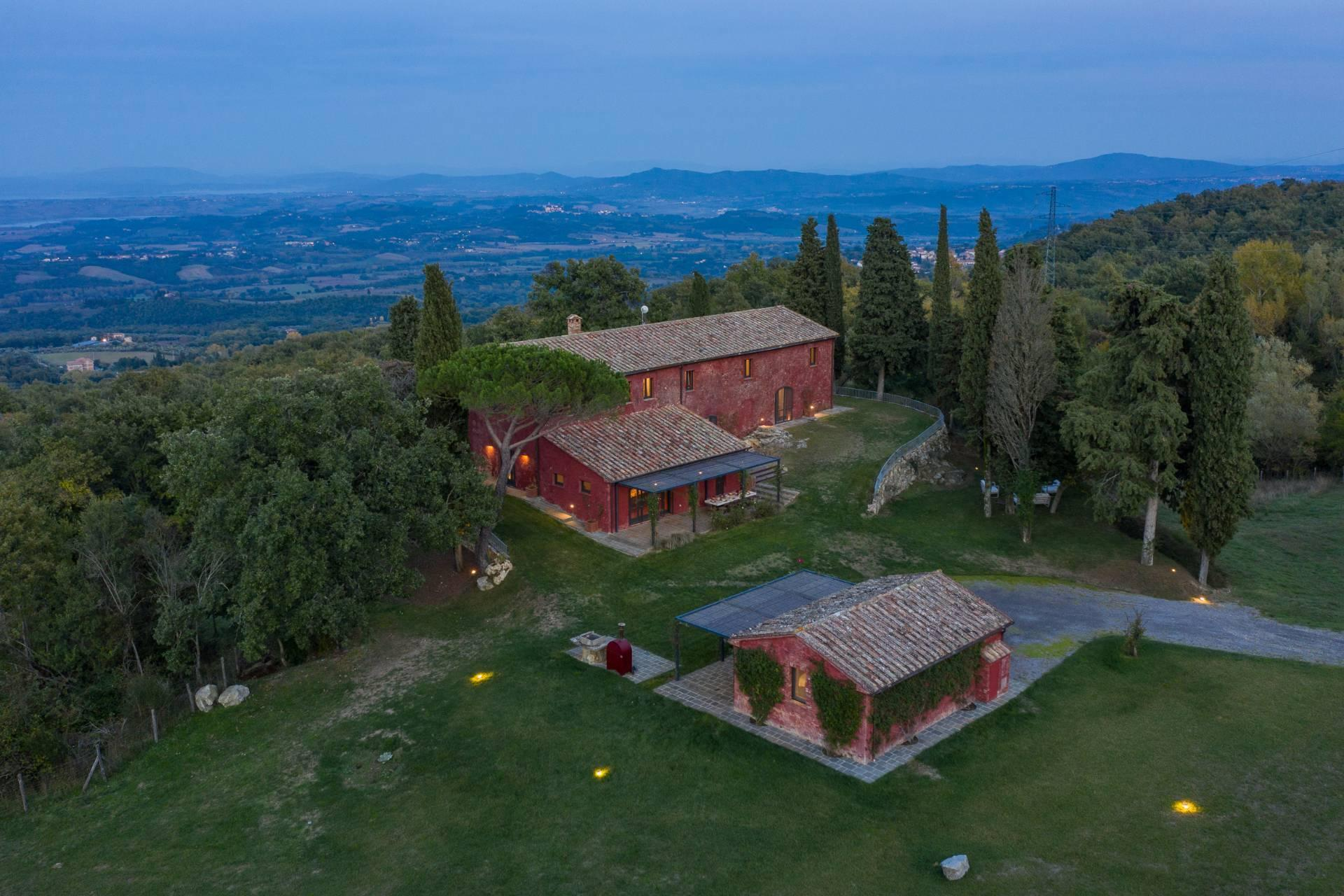 Enchanting, panoramic country house between the Val d'Orcia and Val di Chiana - 30