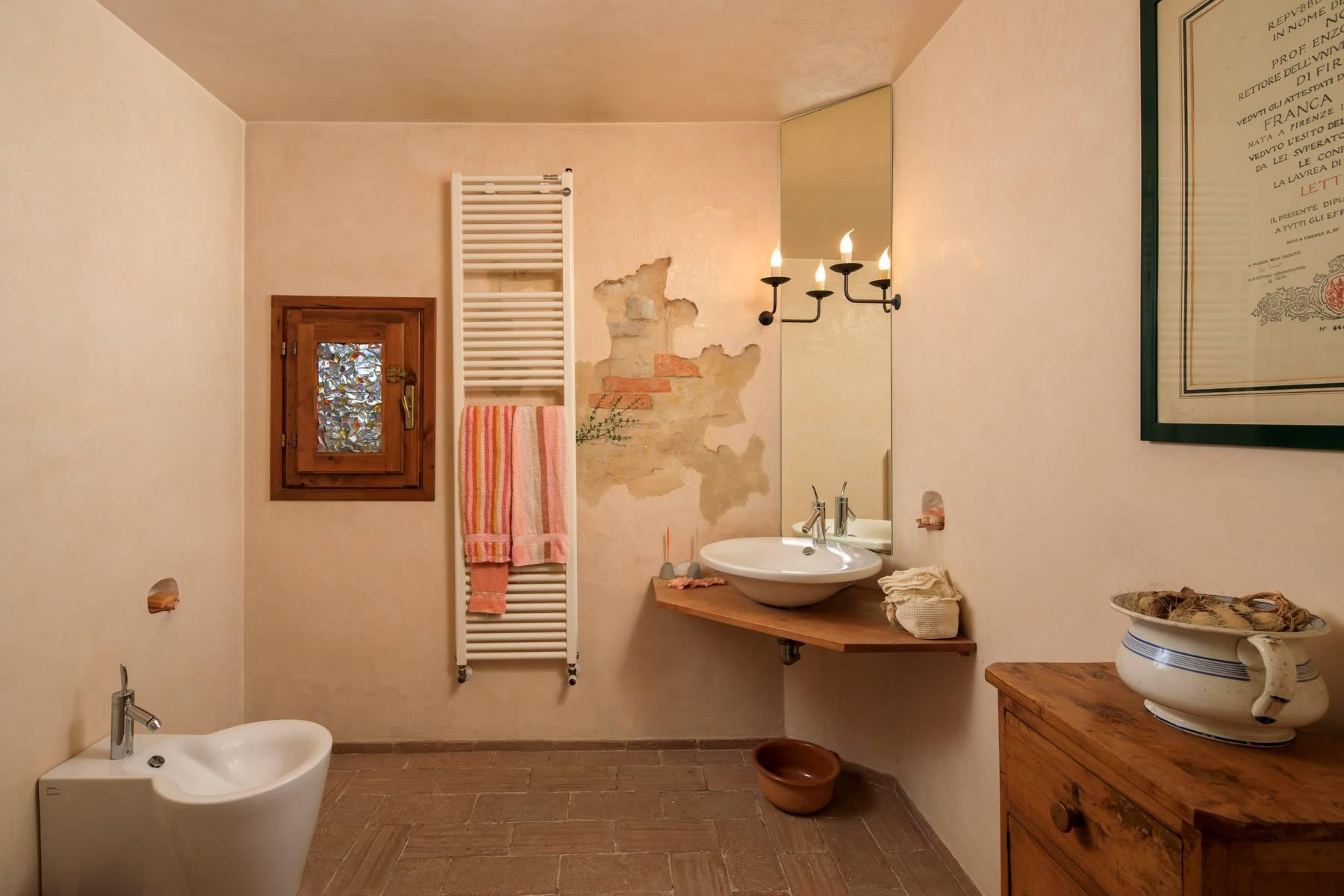 Enchanting farmhouse with agriturismo on the outskirts of Siena - 18