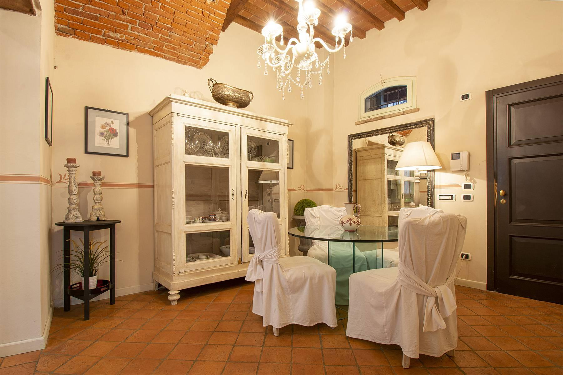 Luxury apartment in the historic center of Lucca - 4