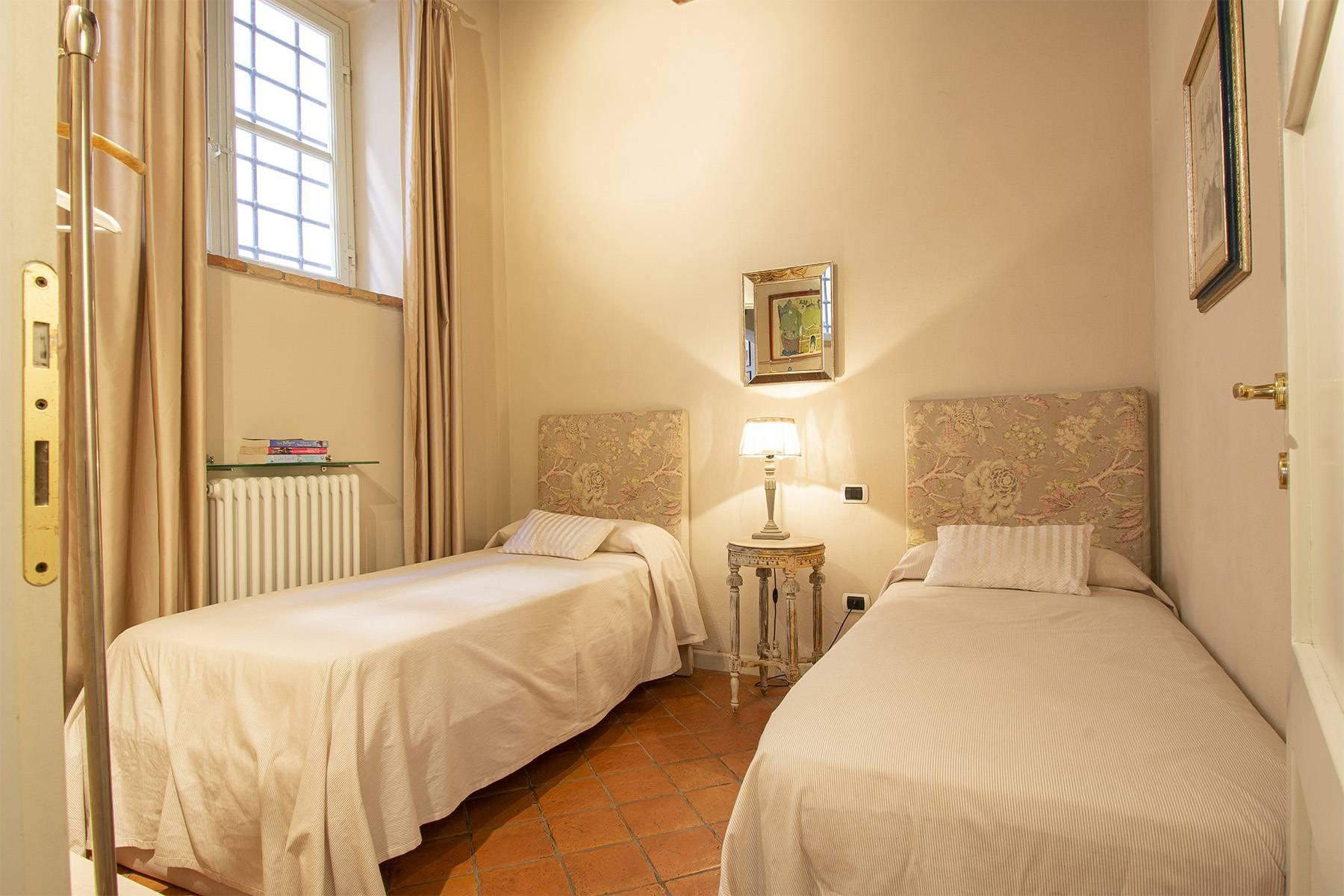 Luxury apartment in the historic center of Lucca - 8