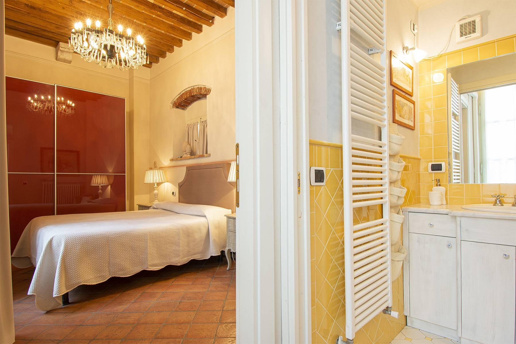 Luxury apartment in the historic center of Lucca - 11