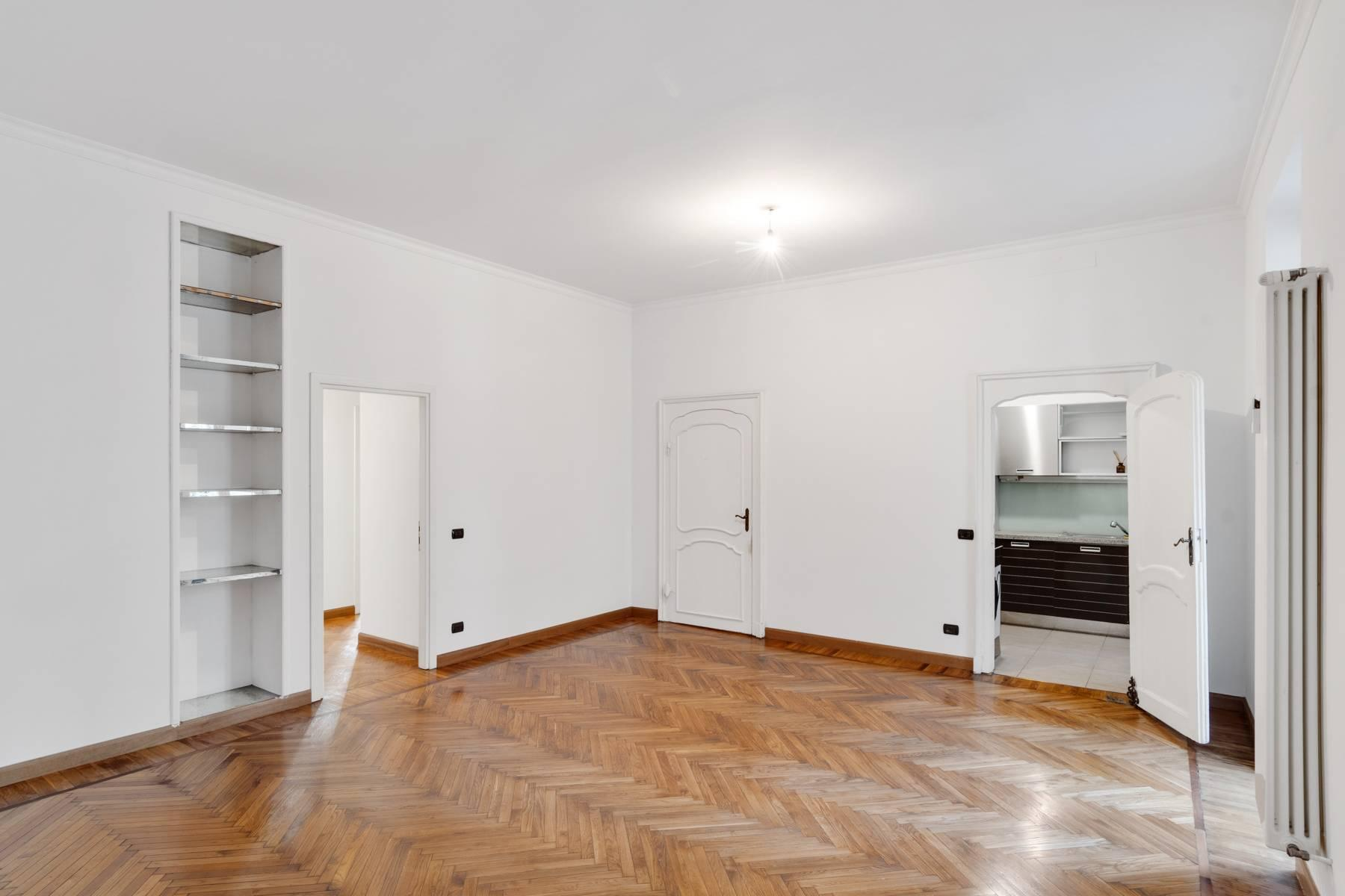Beautiful apartment next to Piazza San Carlo - 7
