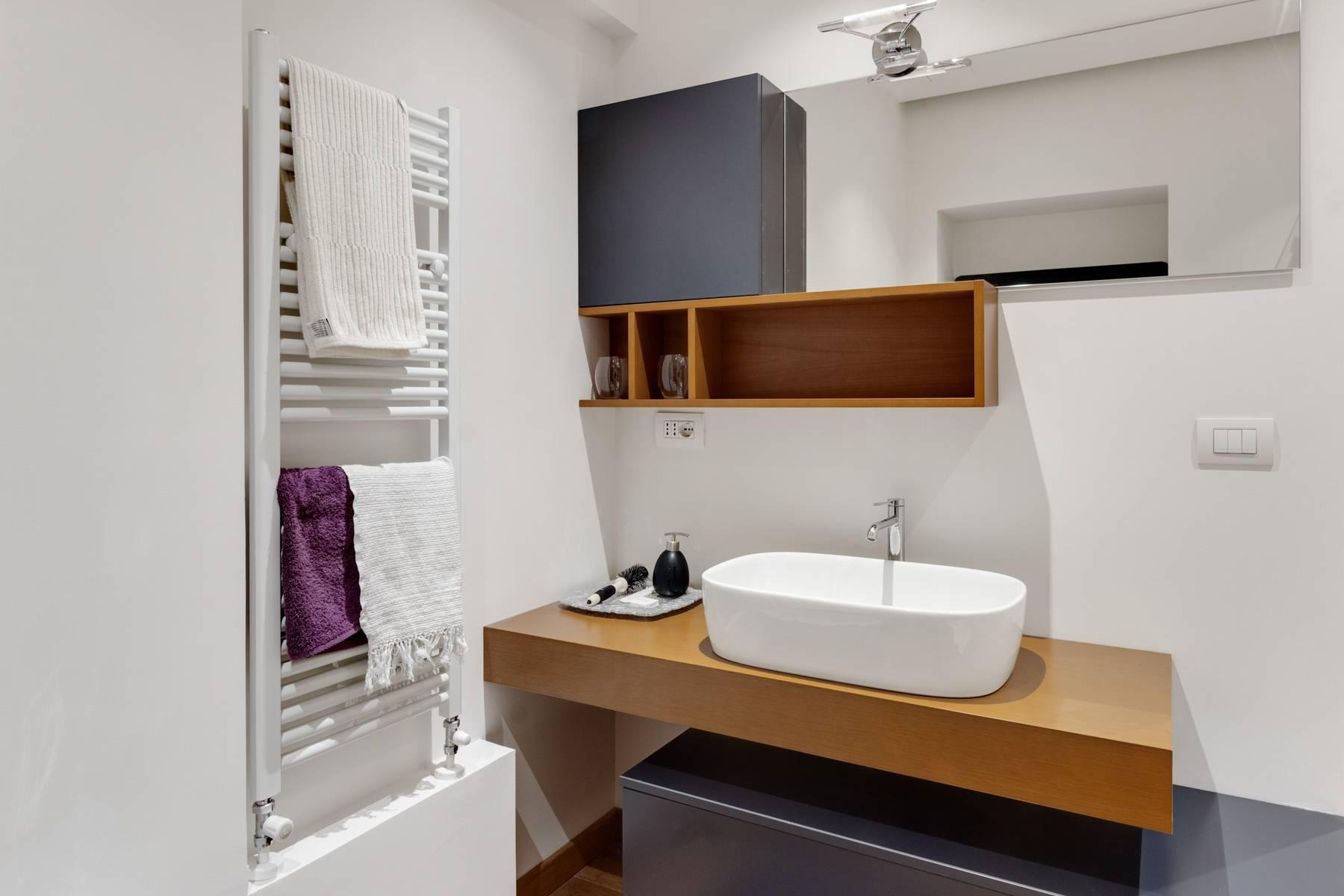 New apartment fully furnished in the center of Turin - 10