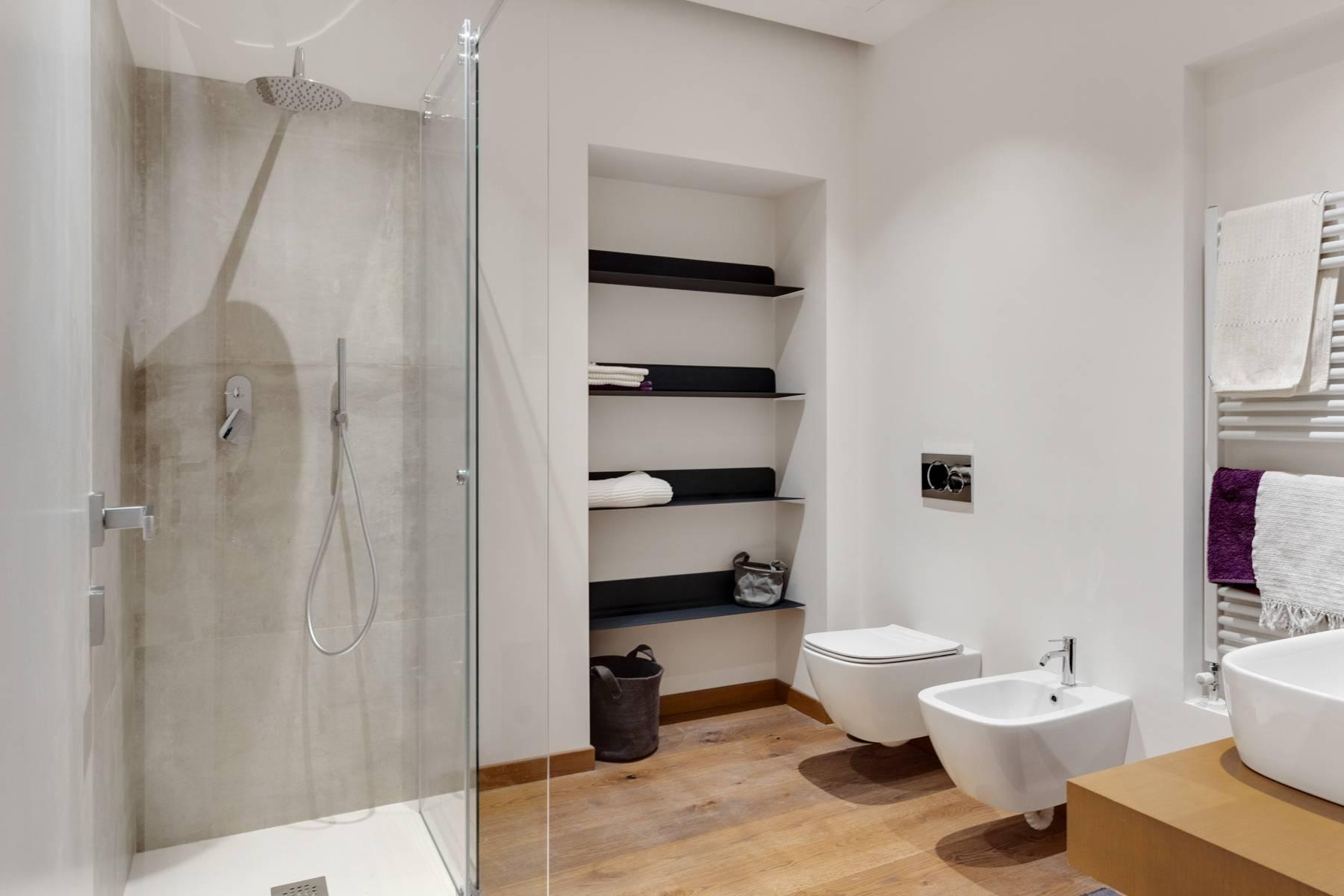 New apartment fully furnished in the center of Turin - 12