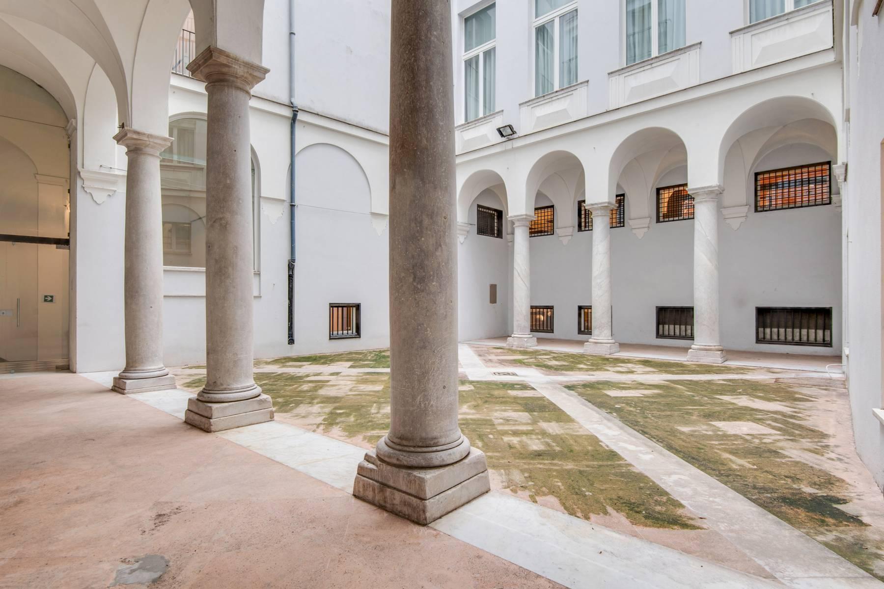 Sontuoso appartamento in centro a Genova - 12