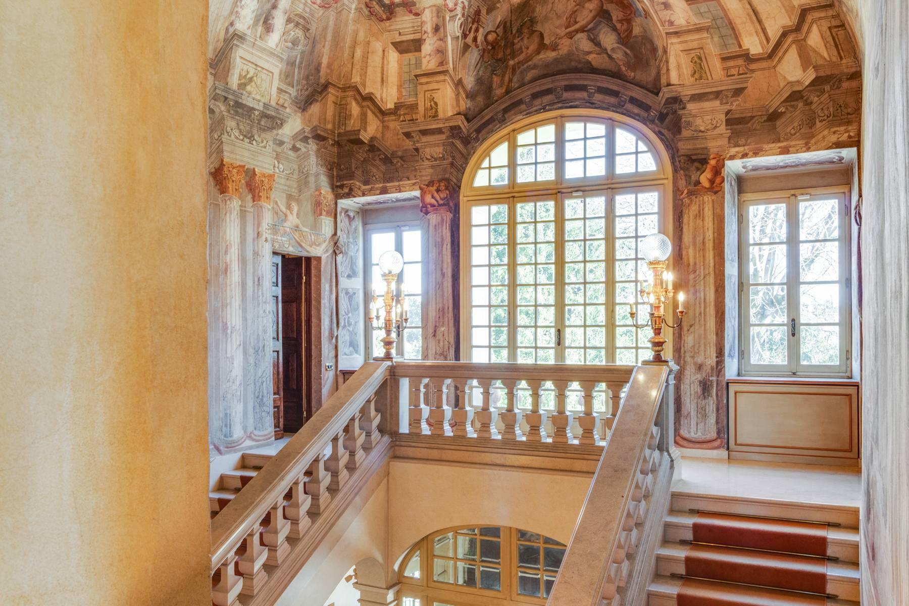 Stately mansion of the late 1600s in the hills nearby Turin - 12