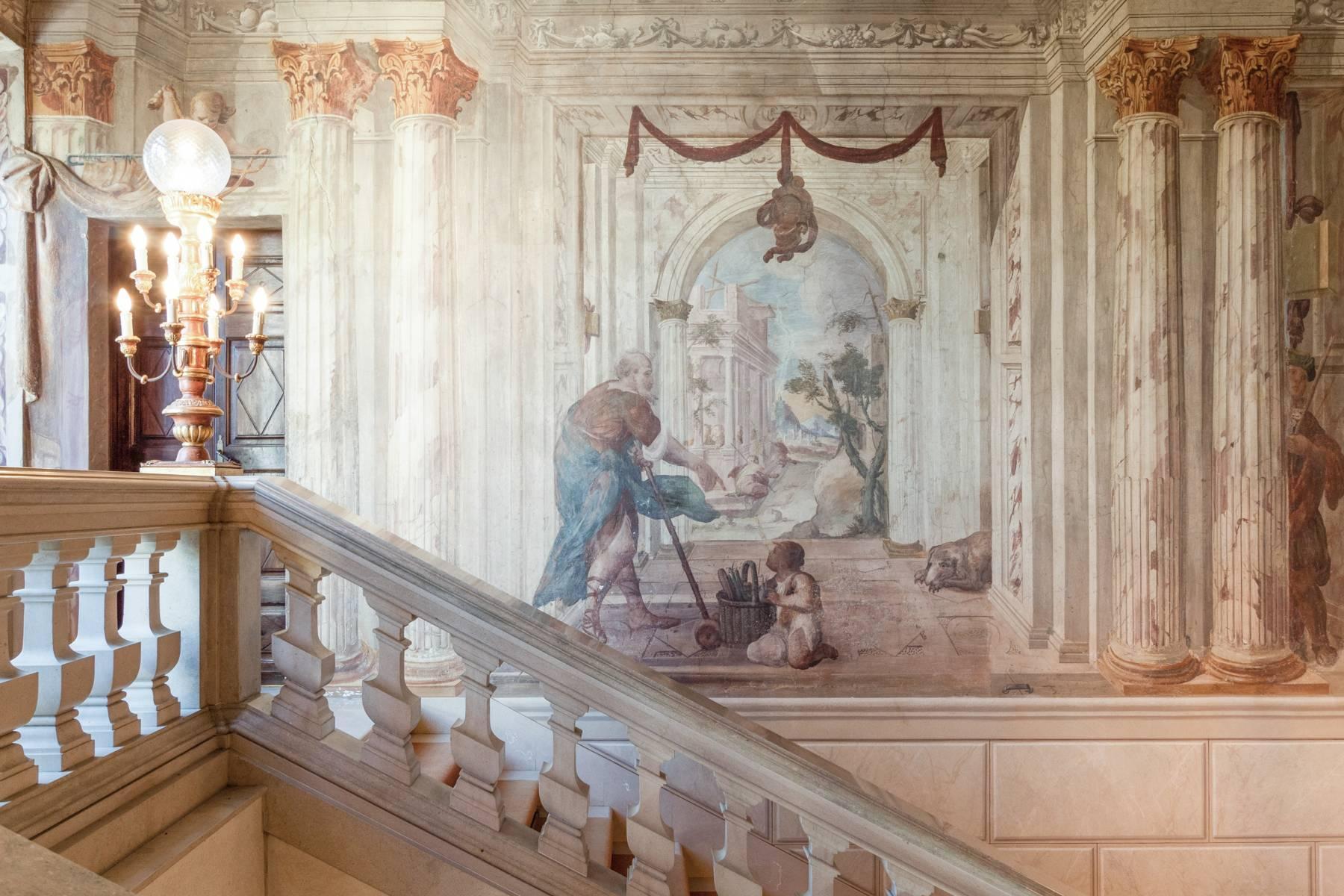 Manoir majestueux de la fin des années 1600 dans les collines à proximité de Turin - 11