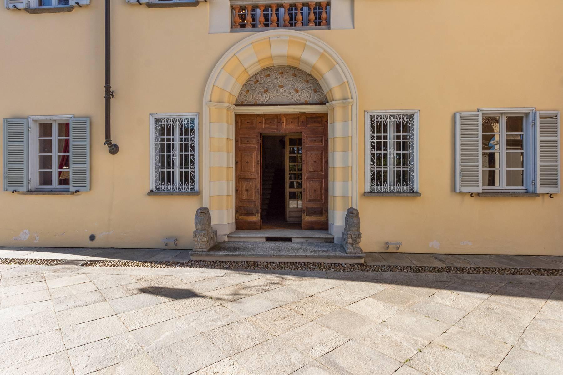 Manoir majestueux de la fin des années 1600 dans les collines à proximité de Turin - 24