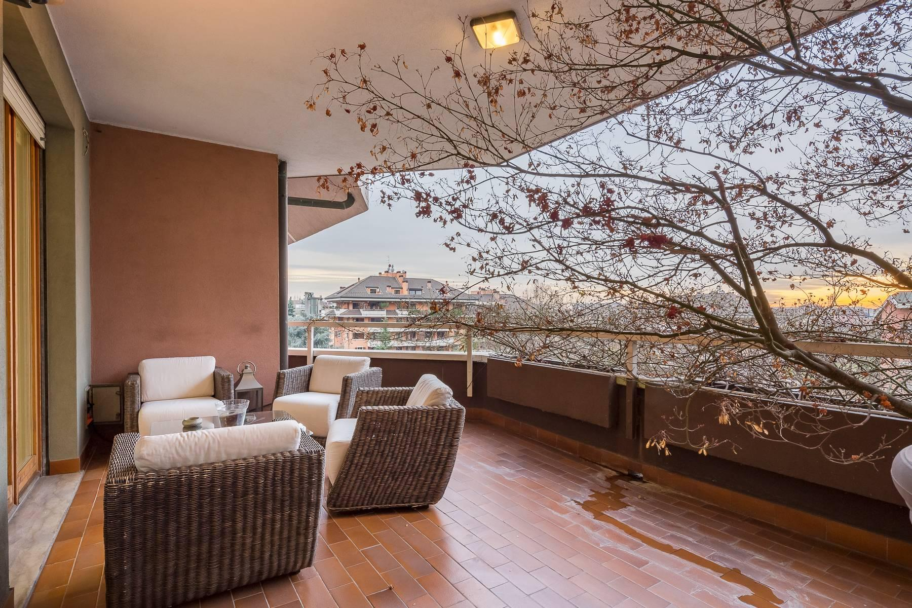 Penthouse with swimming pool in San Siro district - 16