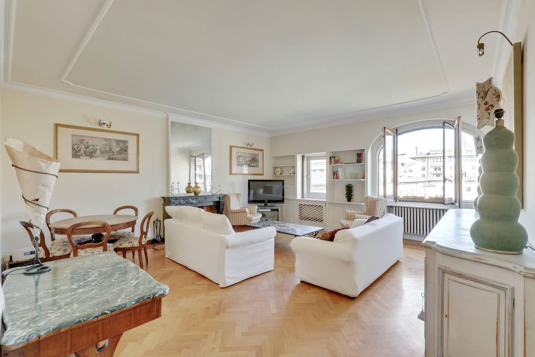 Luxury apartment adjacent to Ponte Vecchio - 2