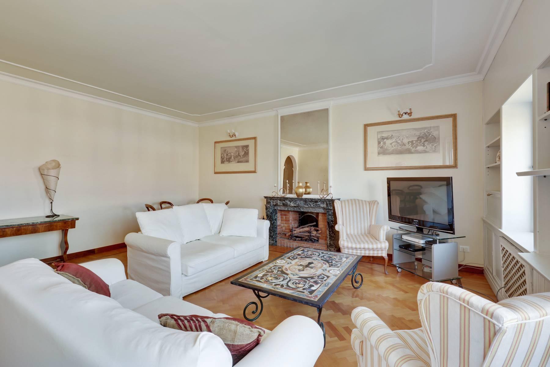 Luxury apartment adjacent to Ponte Vecchio - 6