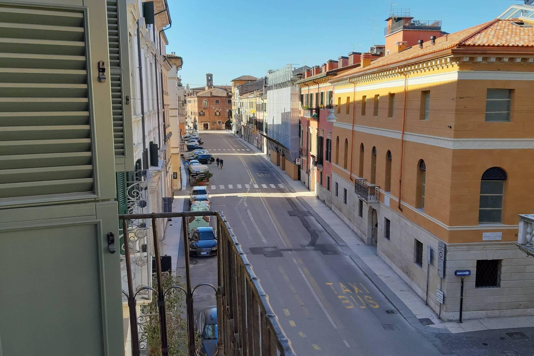 Charming apartment in the heart of Verona - 24