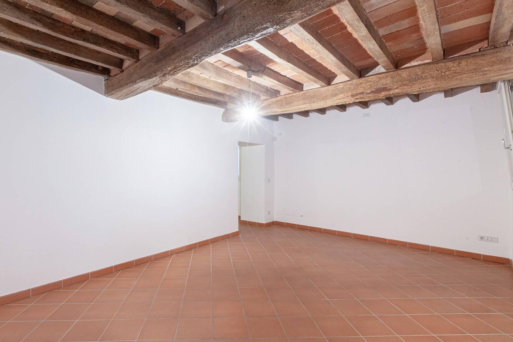 位于16世纪别墅里的迷人公寓 - 12