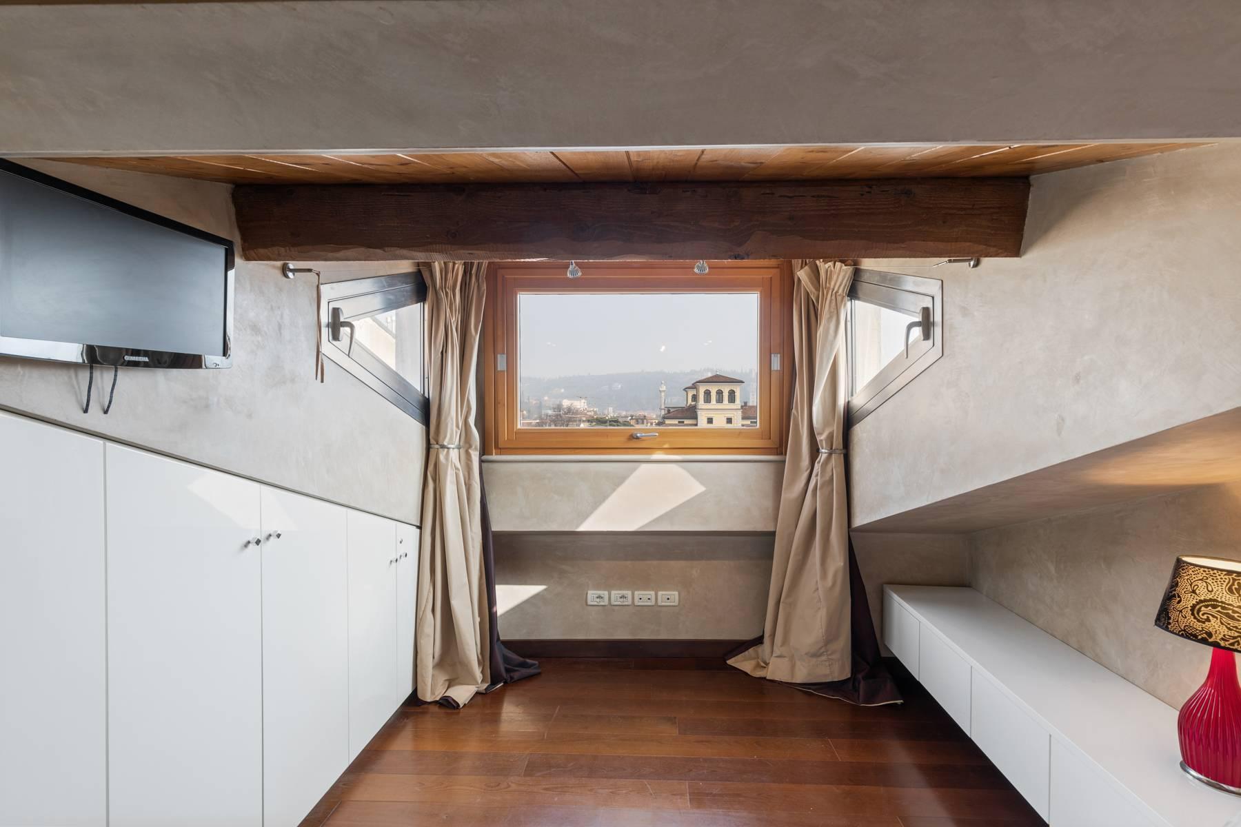 Elegante attico nel cuore di Verona all'angolo di Via Mazzini e Piazza Erbe - 20