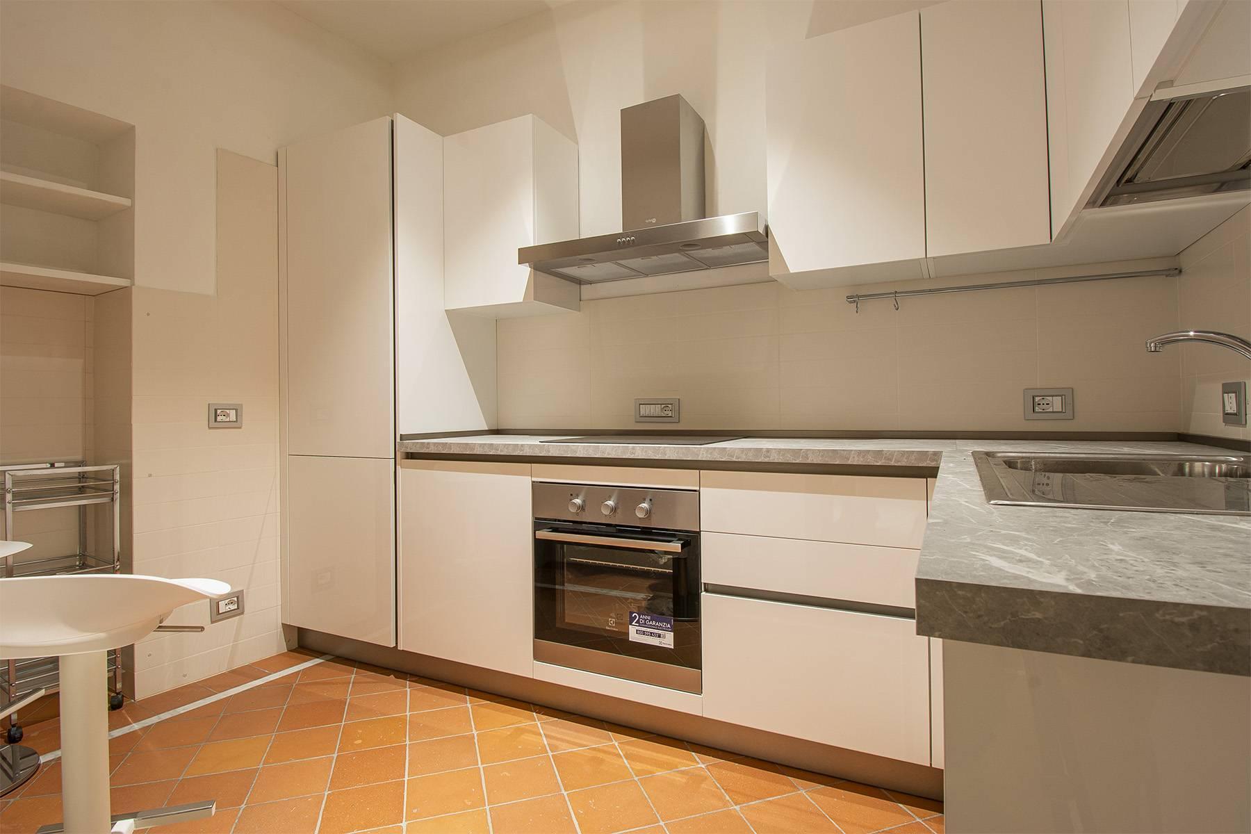 Elegant two-room apartment in Lucca - 8