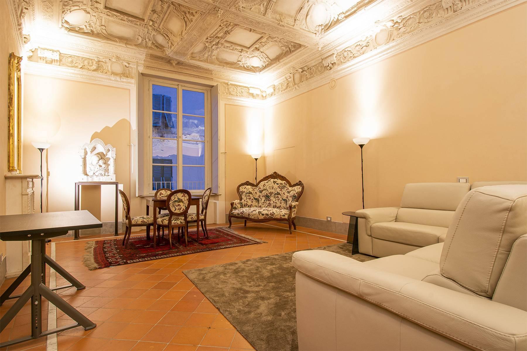 Elegant two-room apartment in Lucca - 3