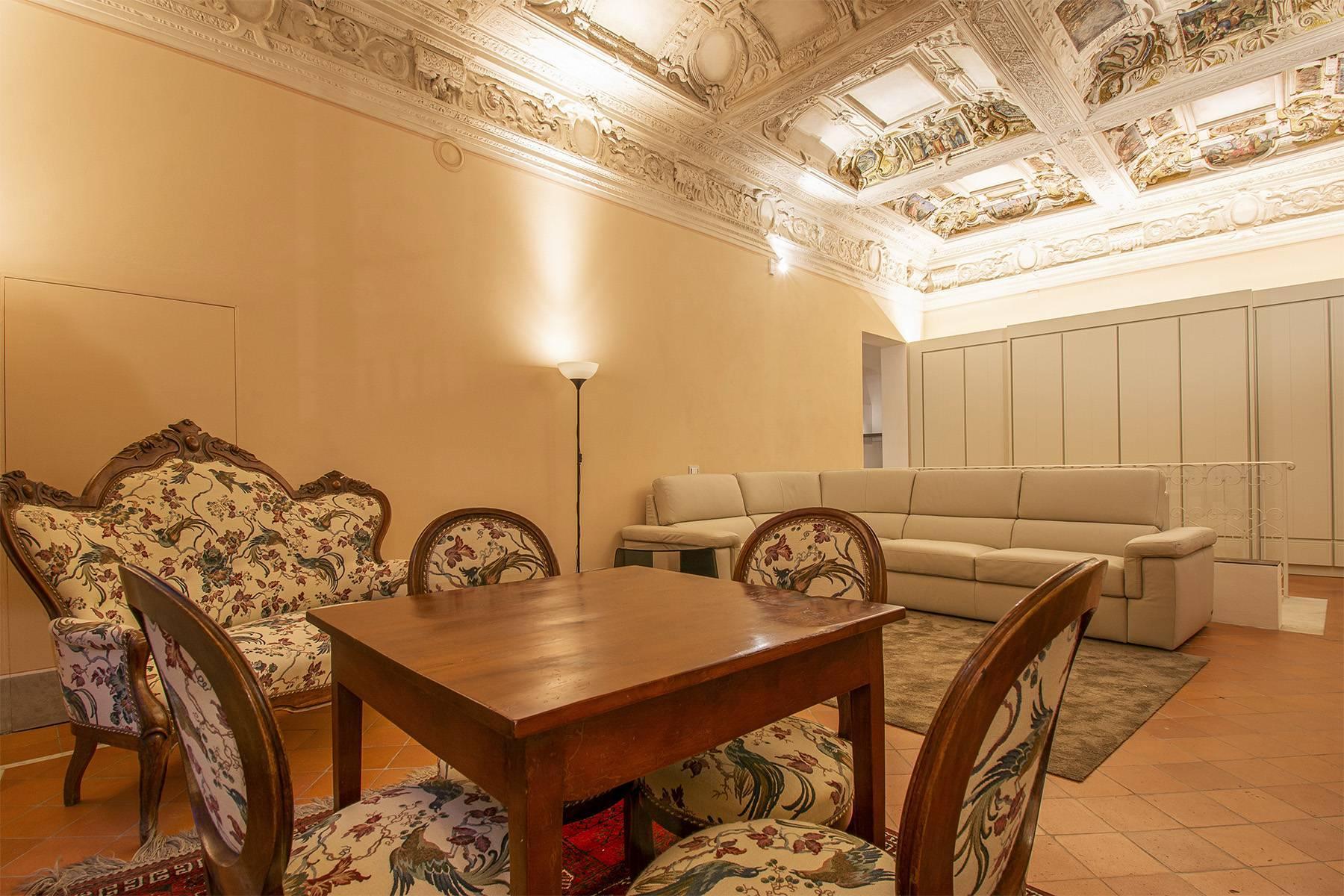 Elegant two-room apartment in Lucca - 4