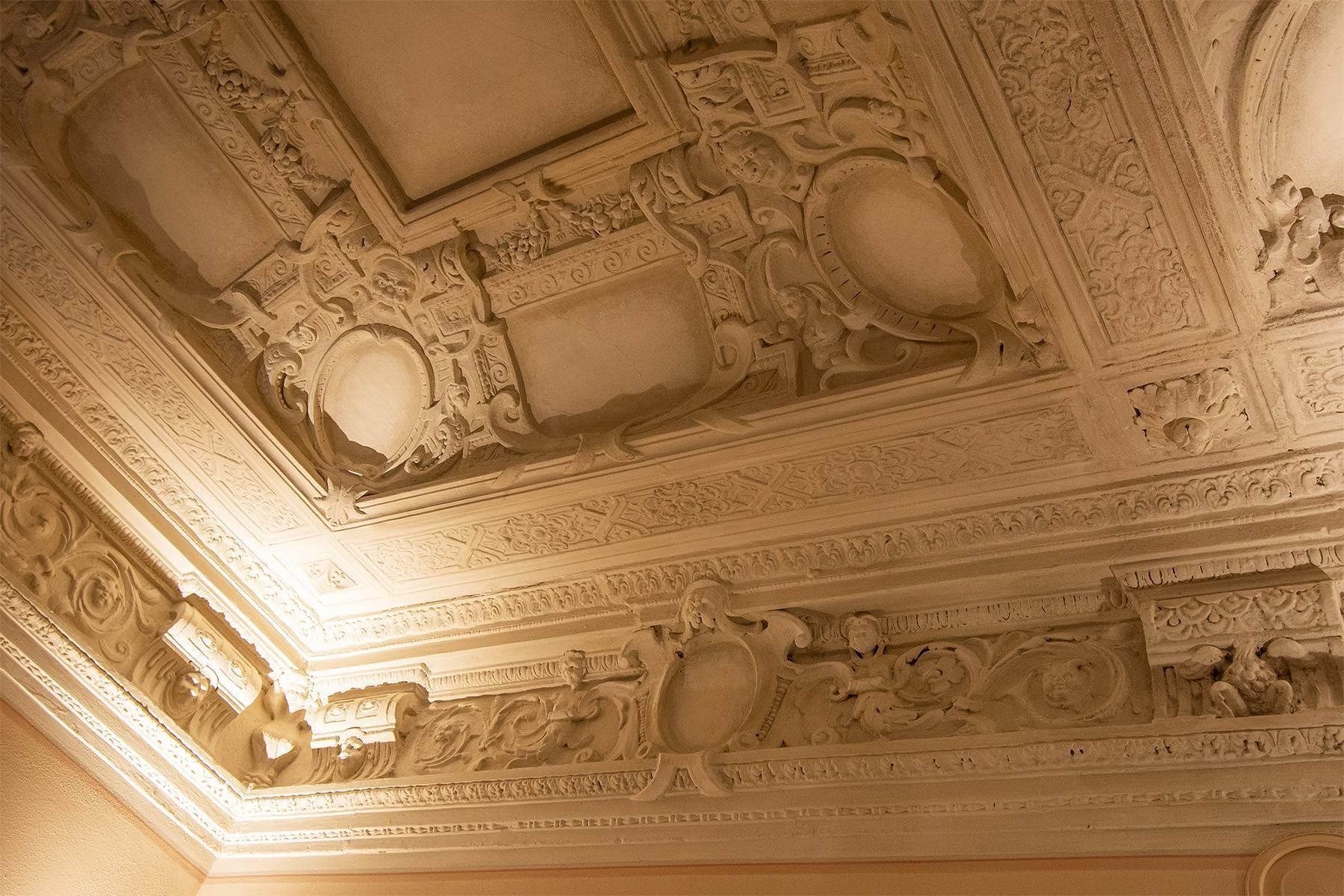 Elegant two-room apartment in Lucca - 13