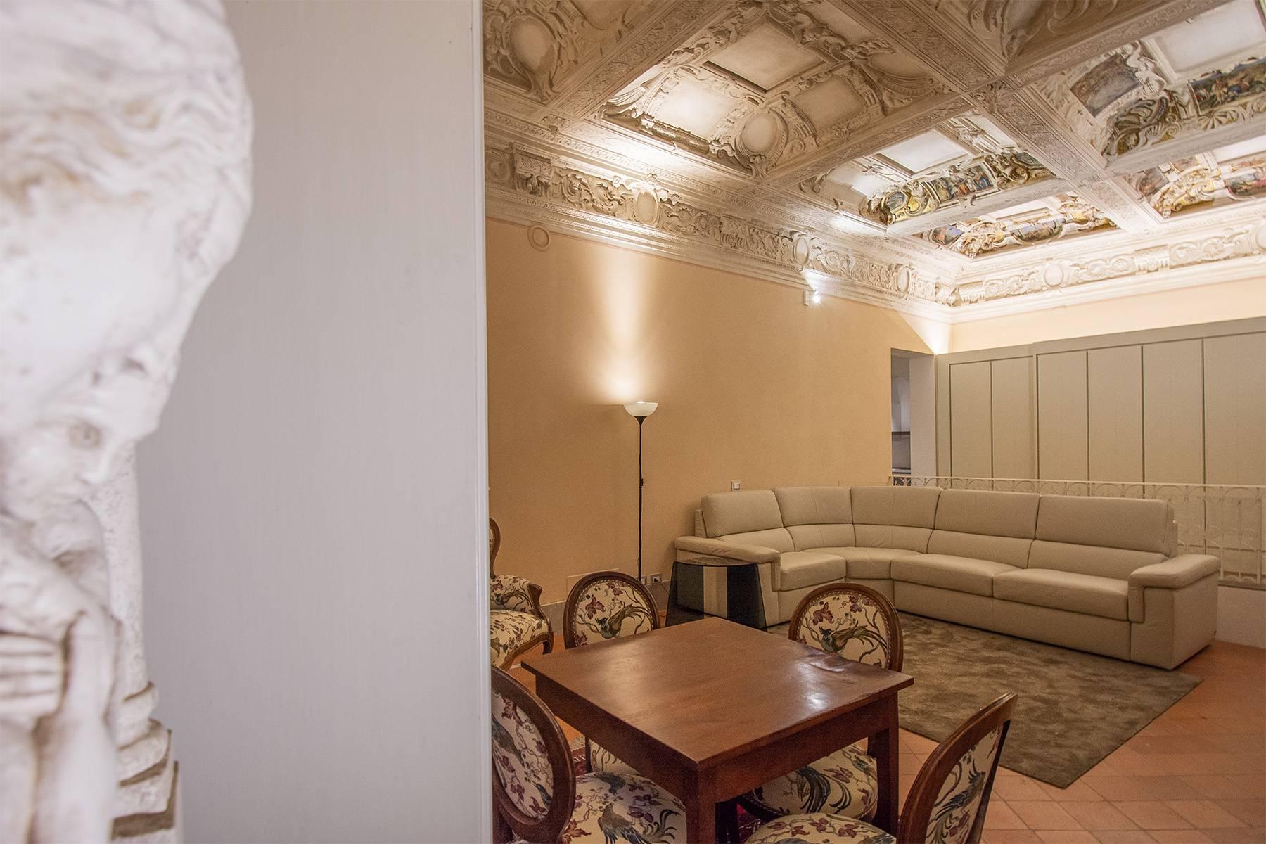 Elegant two-room apartment in Lucca - 2
