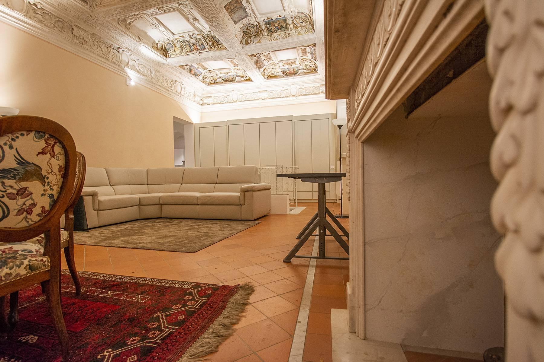 Elegant two-room apartment in Lucca - 6
