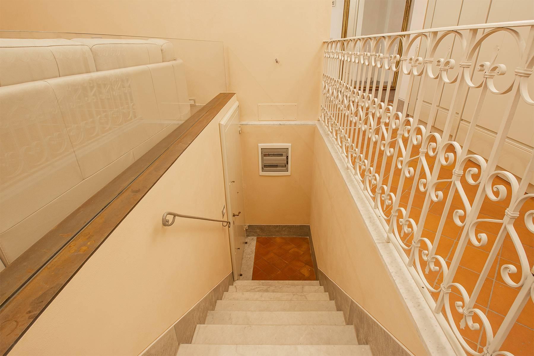 Elegant two-room apartment in Lucca - 12