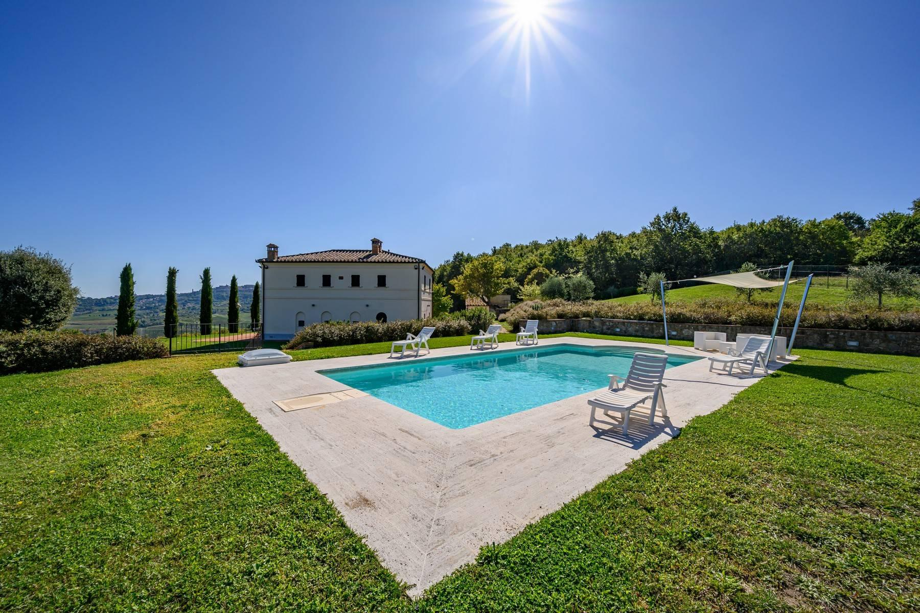 Elegant country house with a picturesque panorama and pool - 1
