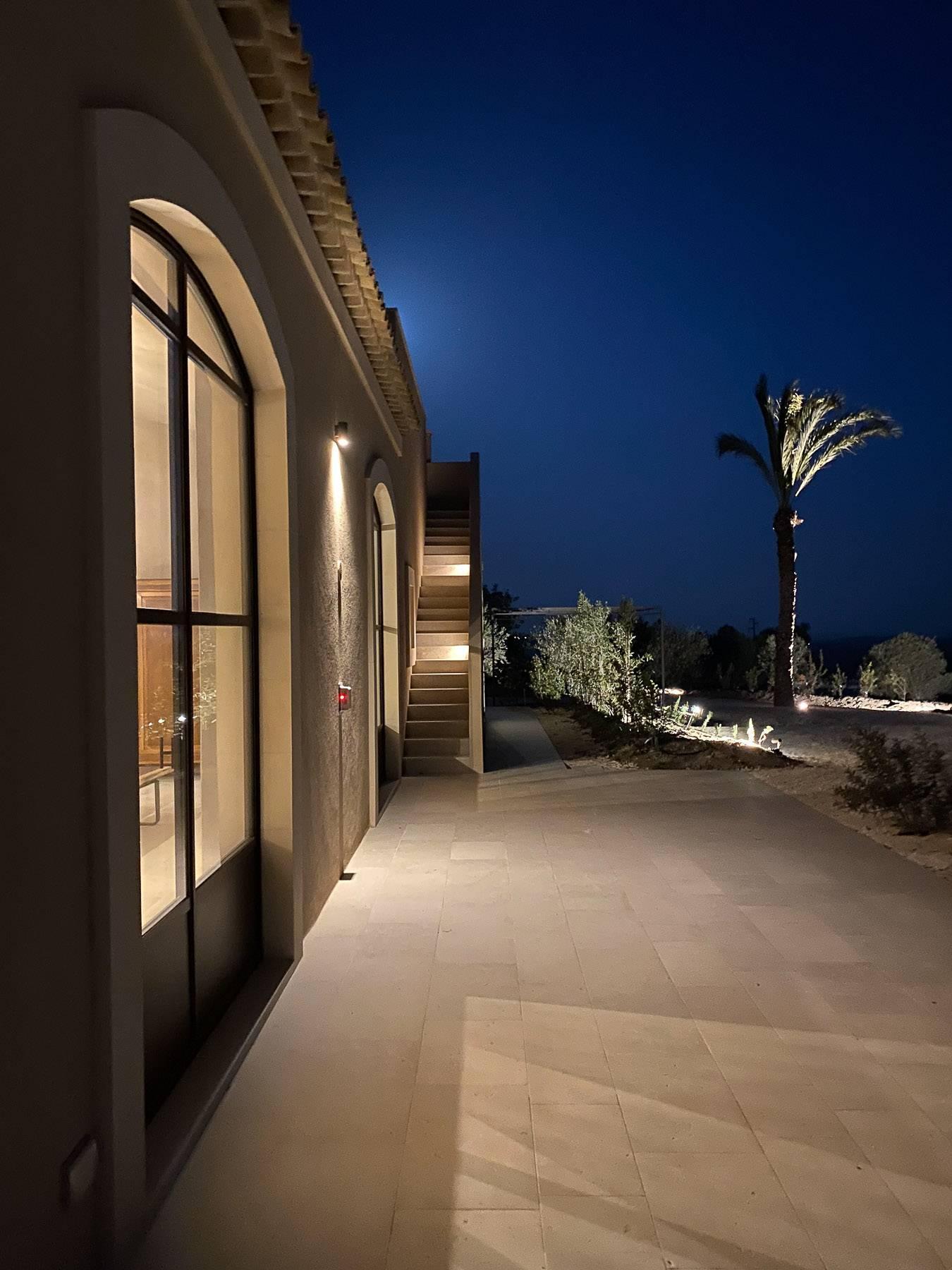 Elegantes Design-Bauernhod mit Pool im Val di Noto - 7
