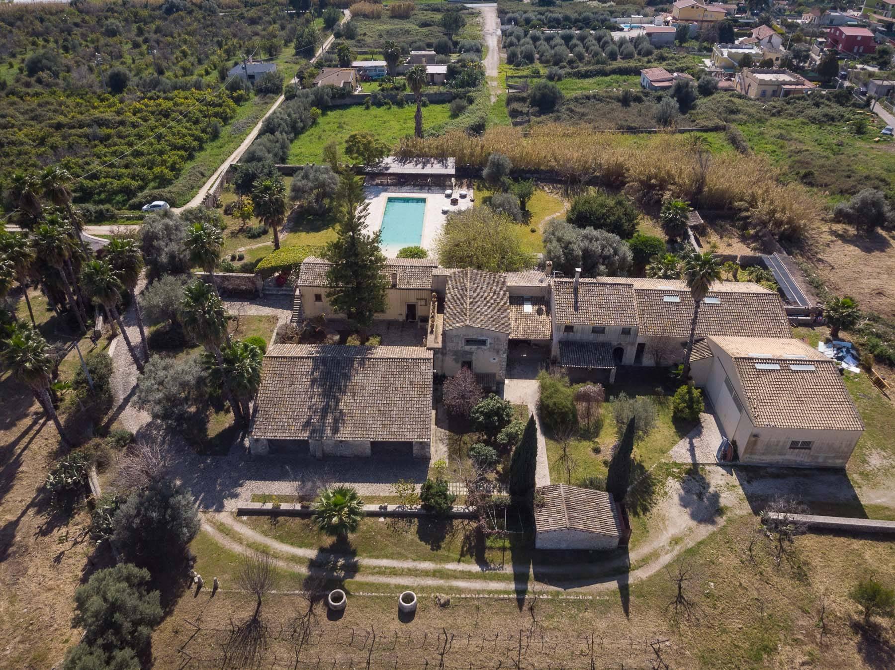 Authentic farmhouse with Sicilian flavor - 40