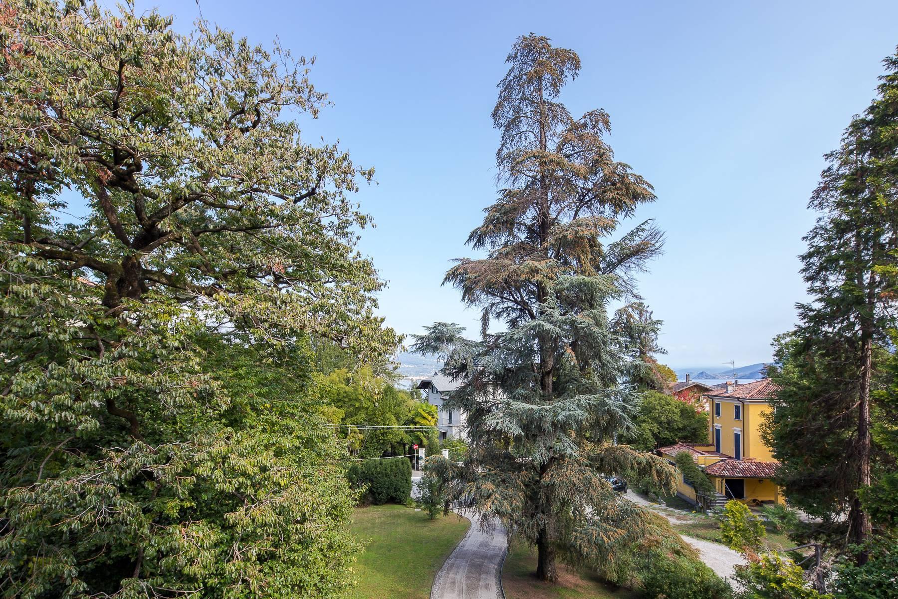 Splendide villa du début du XXè siècle dans le centre-ville de Stresa - 28